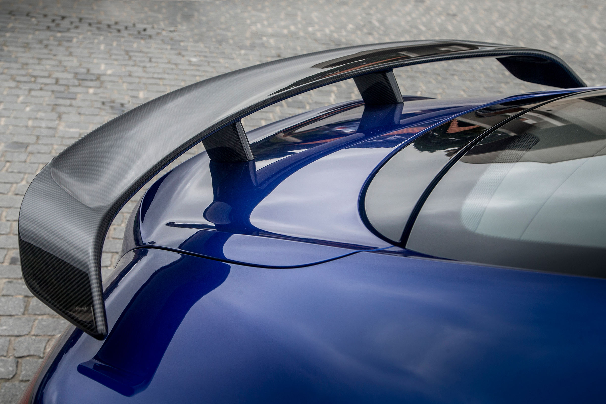 2017 Bentley Continental Supersports Blue Exterior View Rear Wing (Photo 17 of 31)