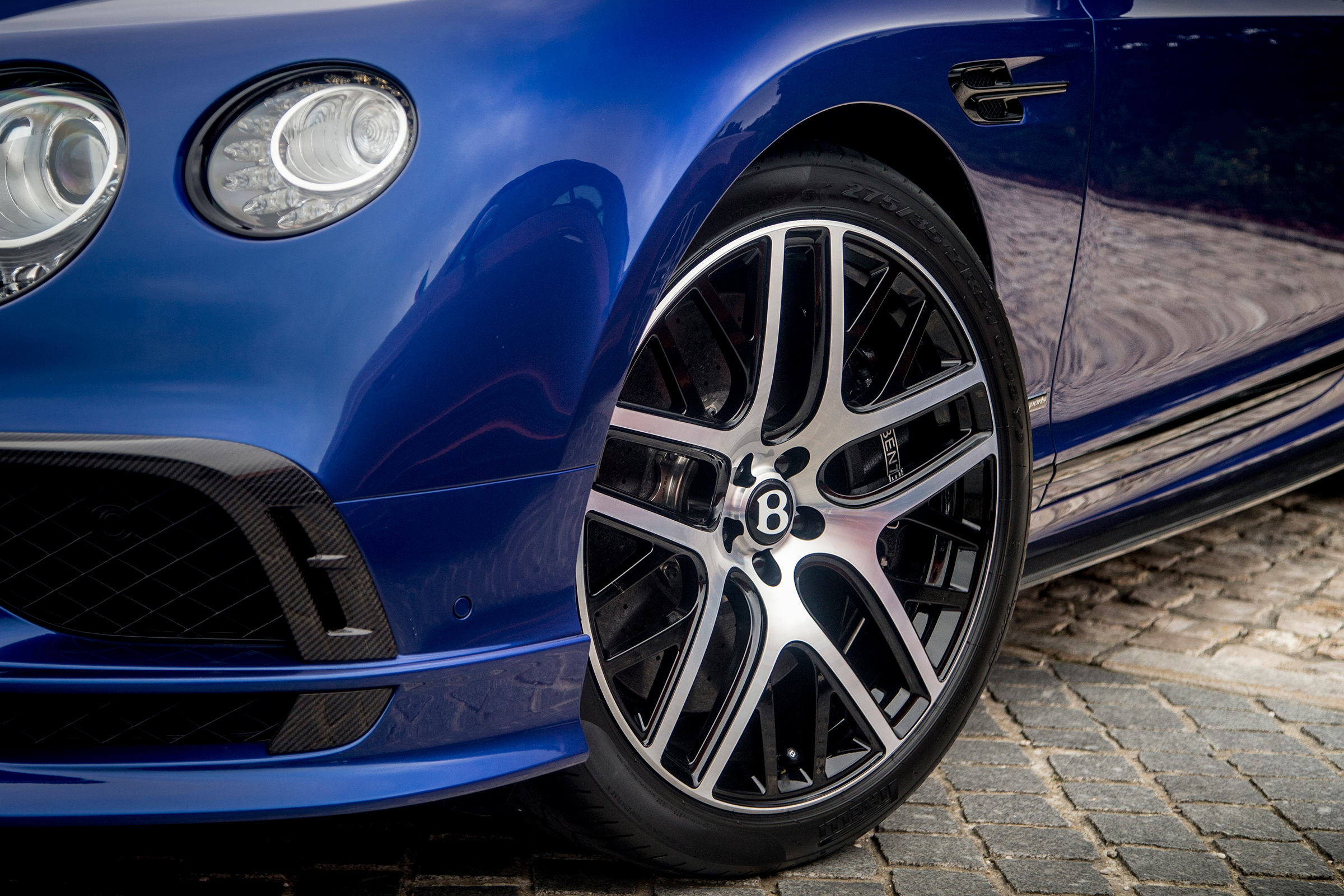 2017 Bentley Continental Supersports Blue Exterior View Wheel Trim (Photo 19 of 31)