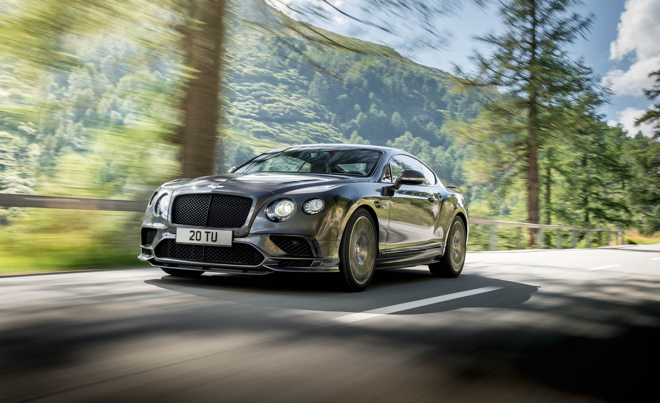 2017 Bentley Continental Supersports (Photo 11 of 31)