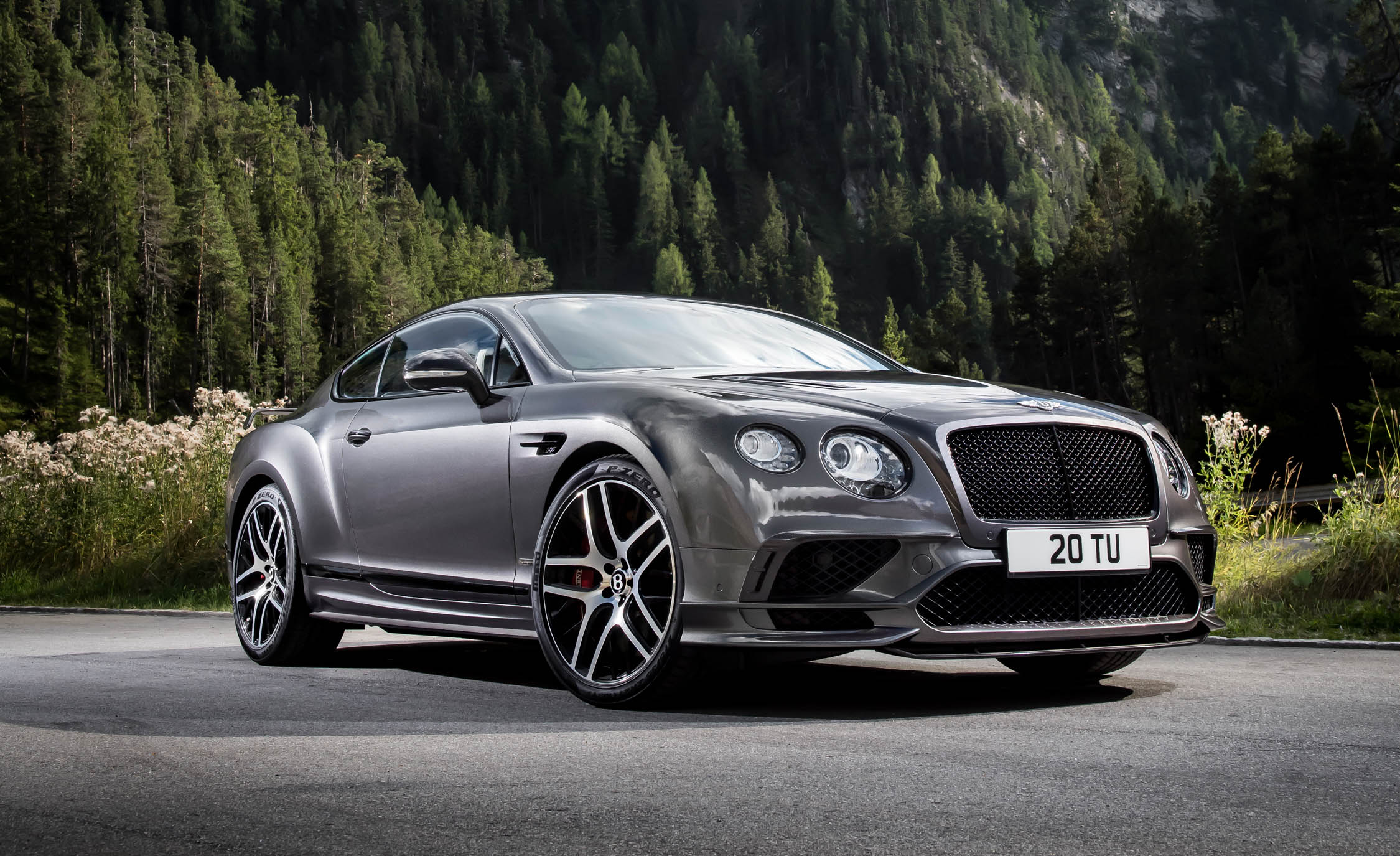 2017 Bentley Continental Supersports (Photo 9 of 31)