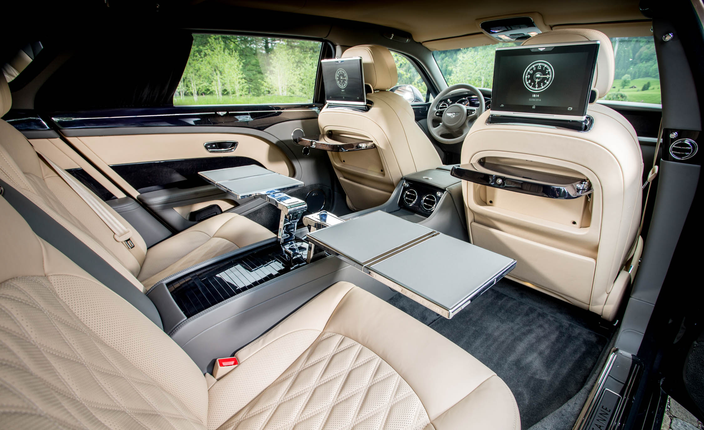2017 Bentley Mulsanne EWB (View 34 of 37)