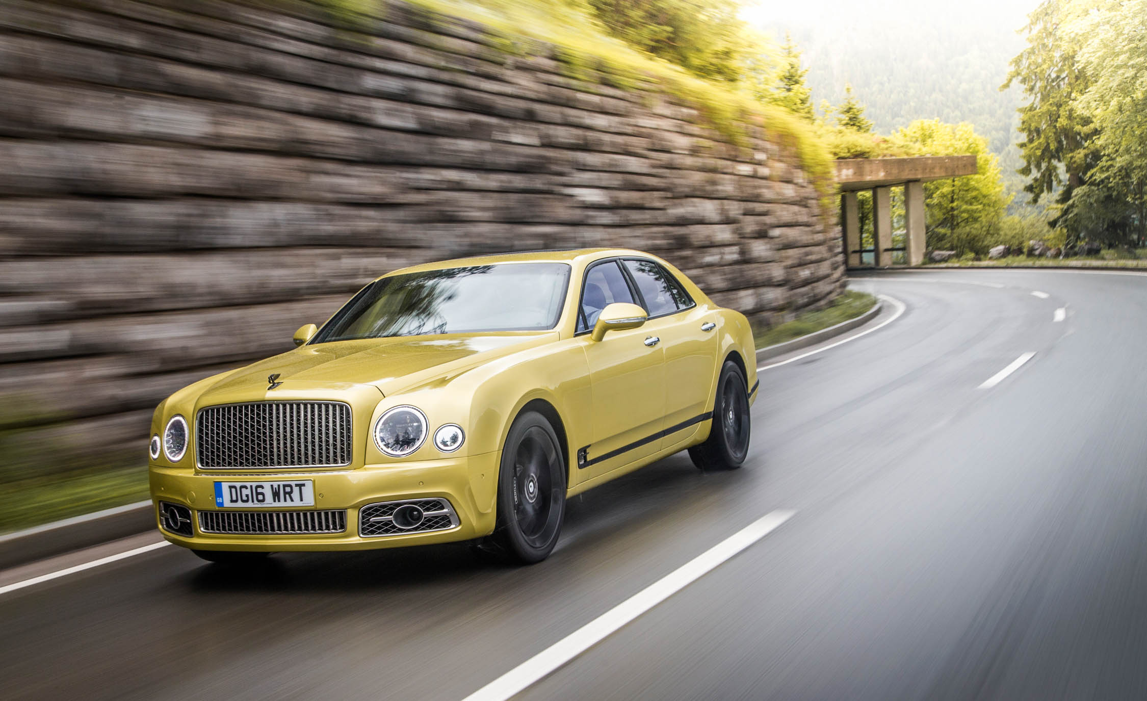 2017 Bentley Mulsanne Speed (View 22 of 37)