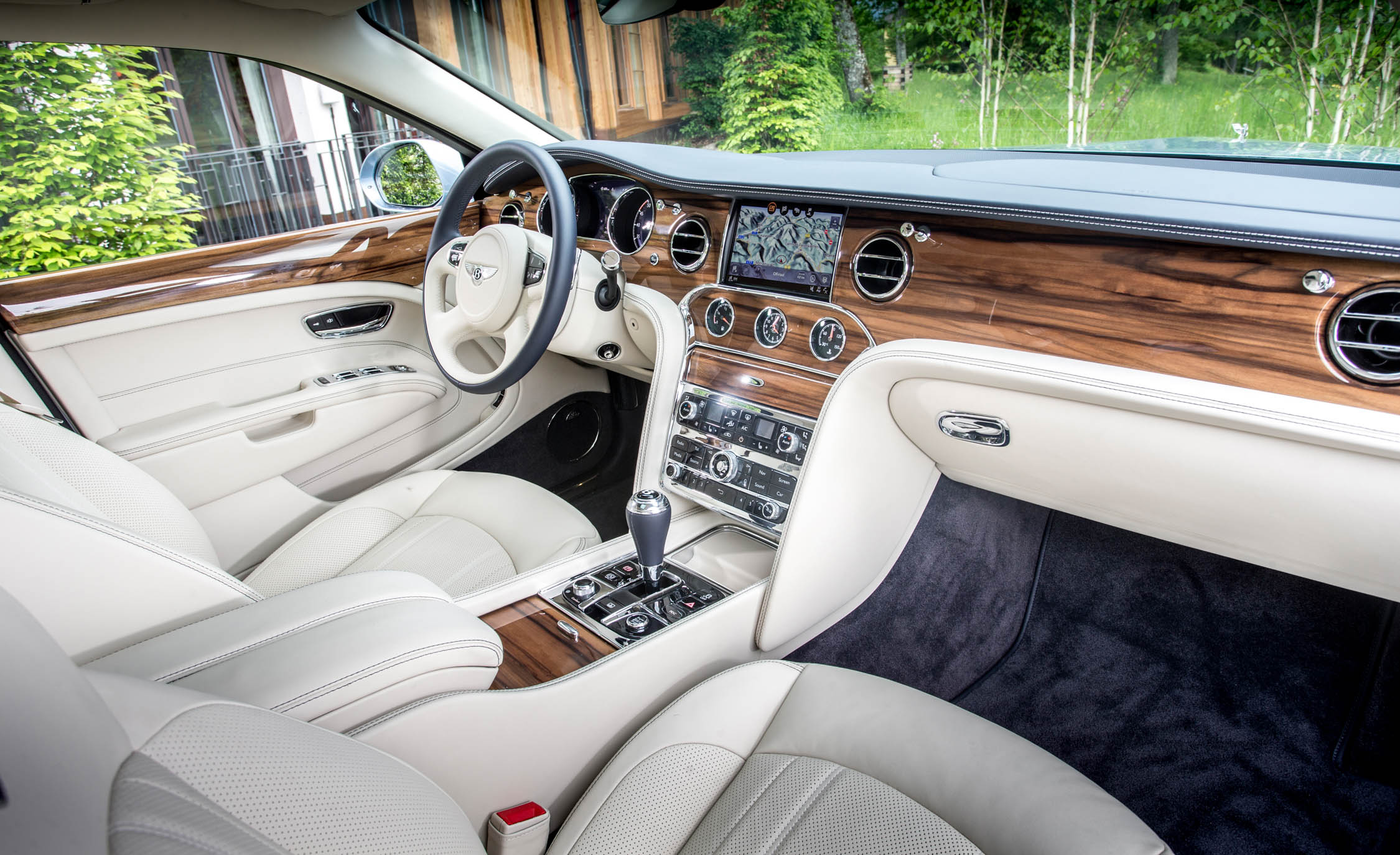 2017 Bentley Mulsanne (View 9 of 37)