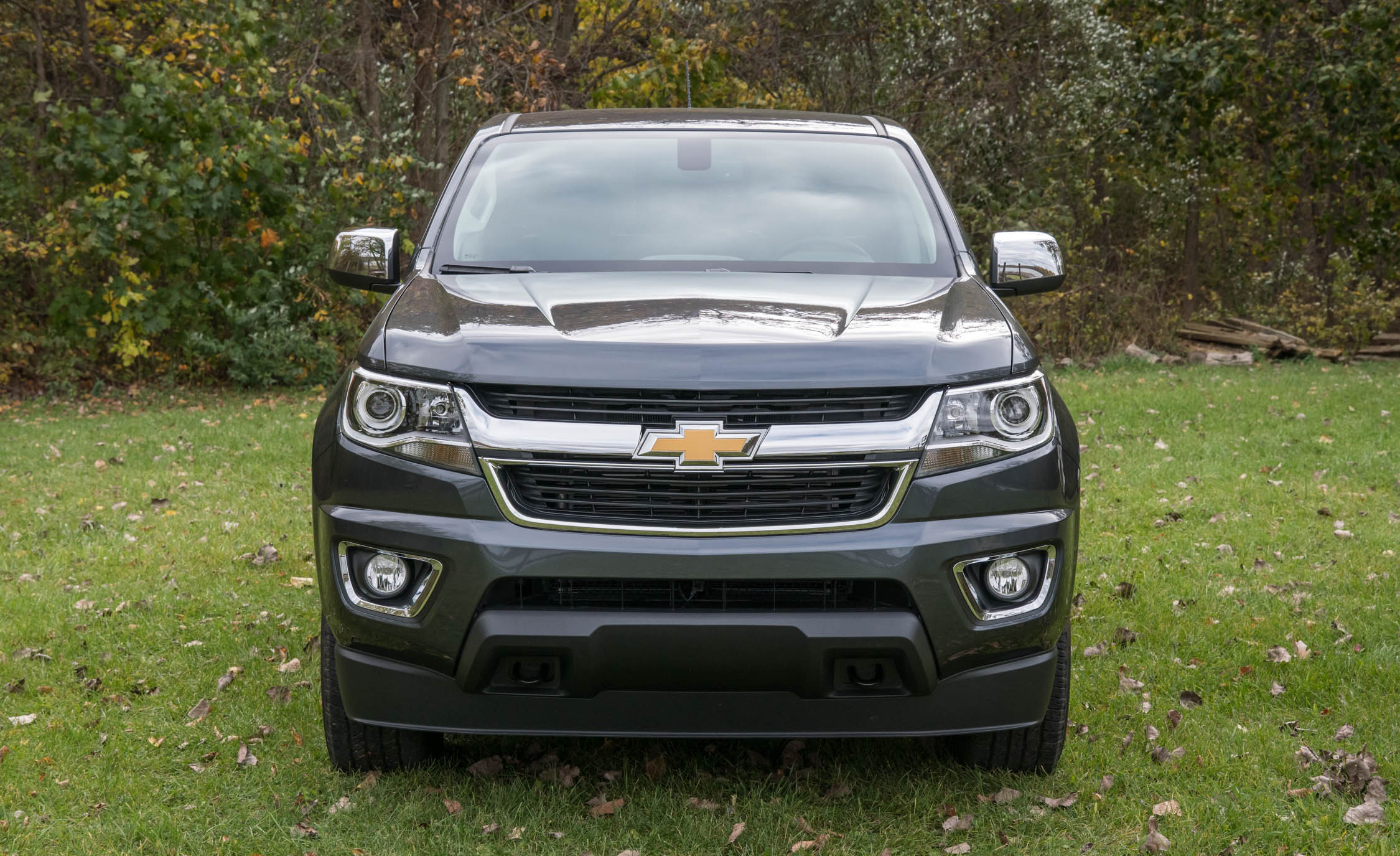 2017 Chevrolet Colorado LT Exterior Front (View 27 of 41)