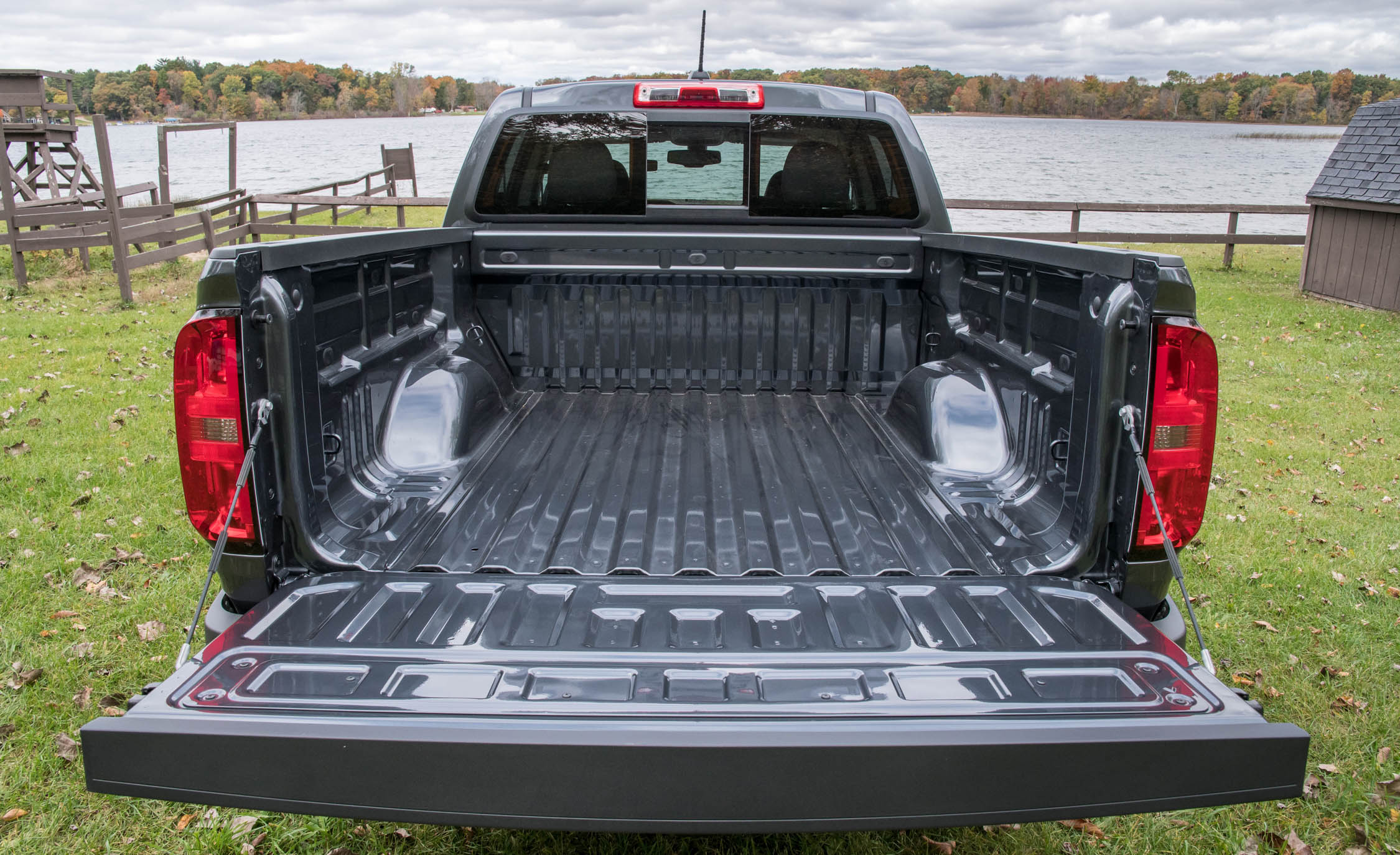 2017 Chevrolet Colorado LT Exterior Rear Open Cargo (View 24 of 41)
