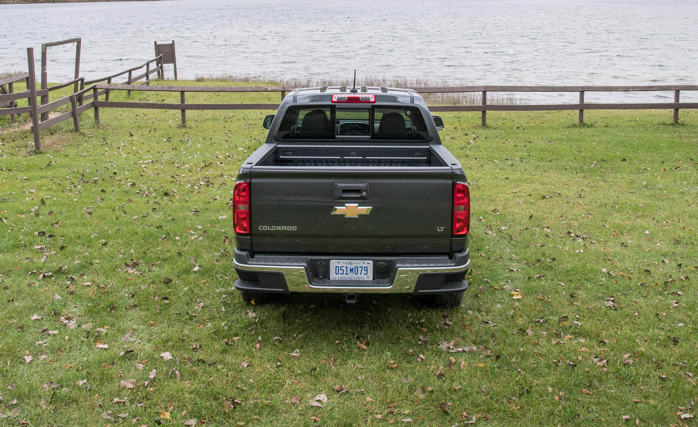 2017 Chevrolet Colorado LT Exterior Rear (View 19 of 41)