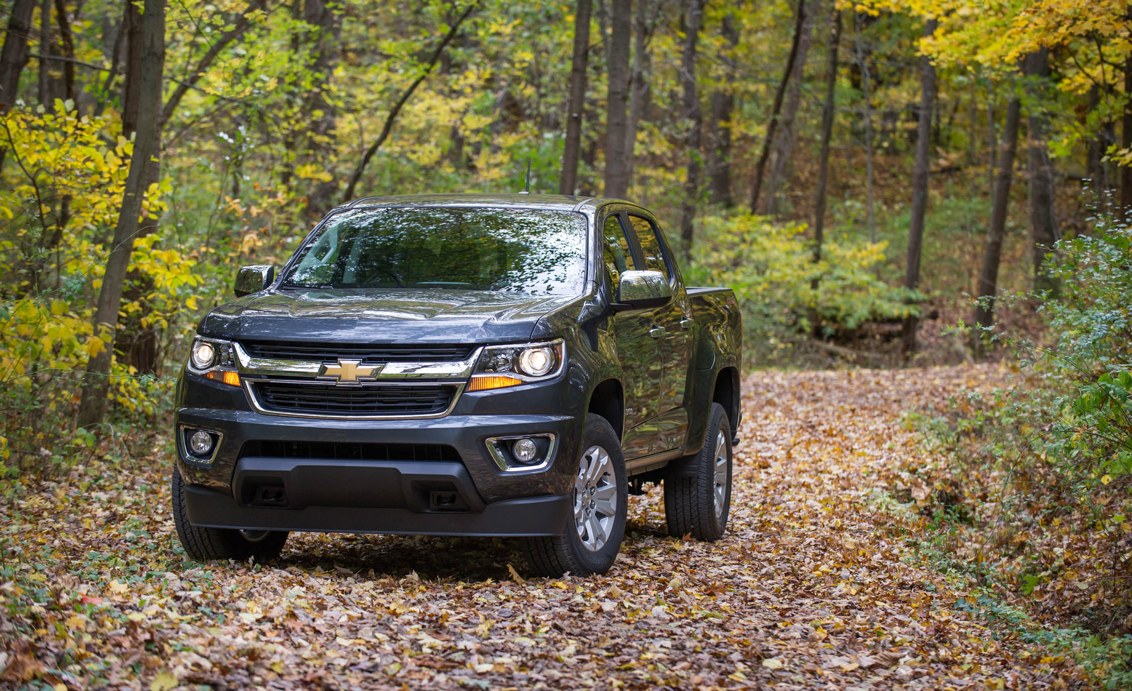 2017 Chevrolet Colorado Exterior Front Corner (View 40 of 41)