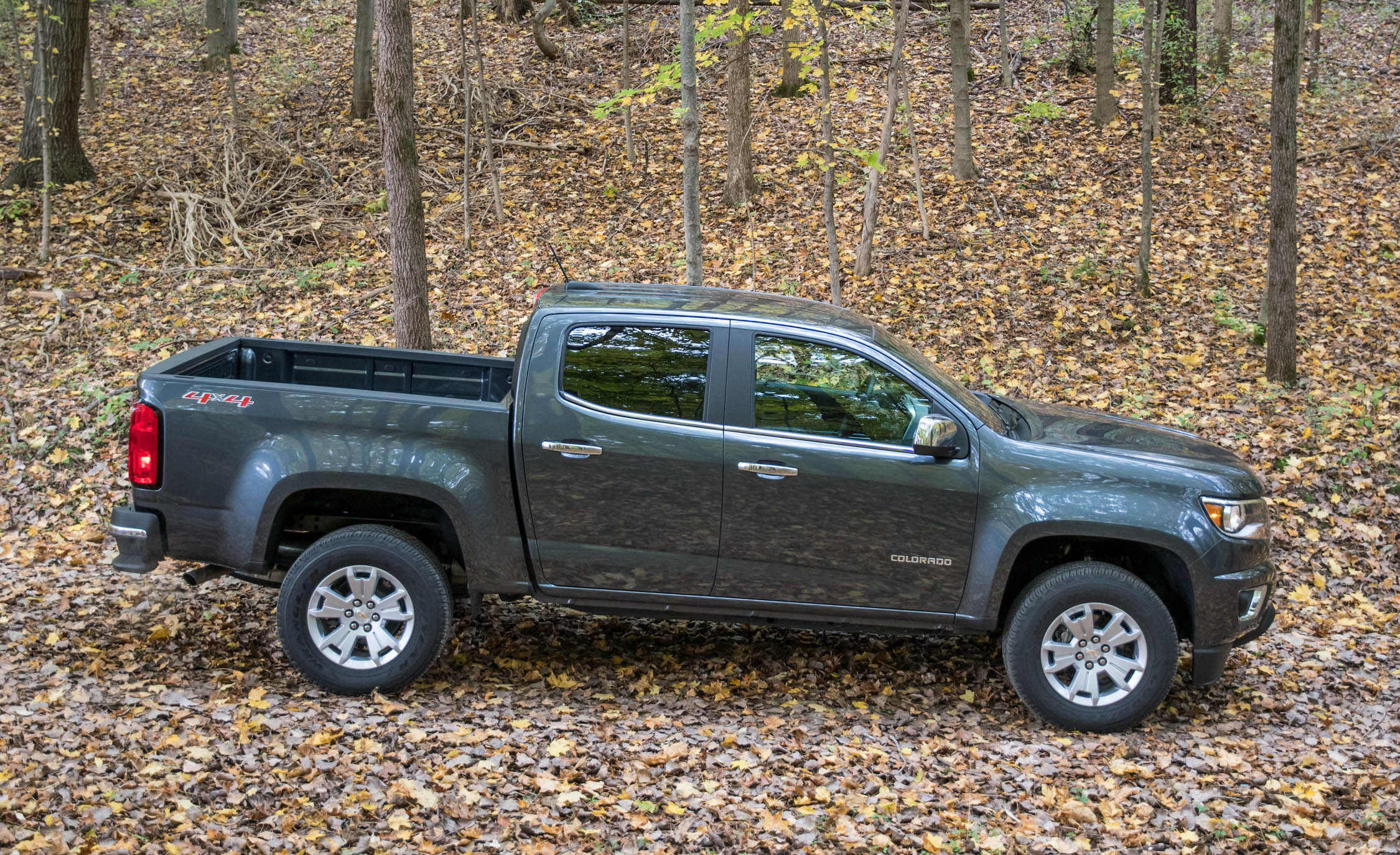 2017 Chevrolet Colorado Exterior Side (View 29 of 41)