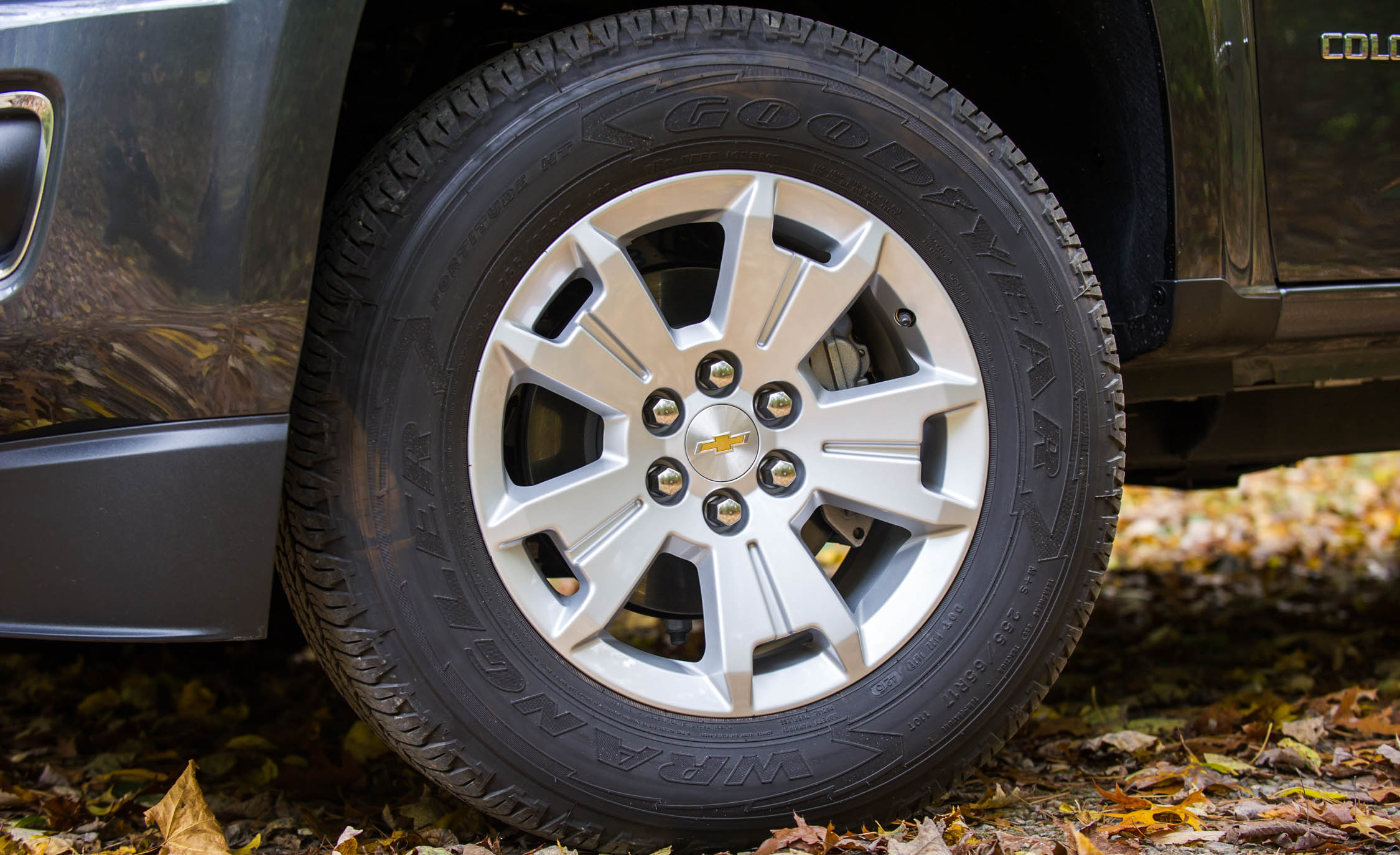2017 Chevrolet Colorado Exterior View Wheel Trim (View 26 of 41)