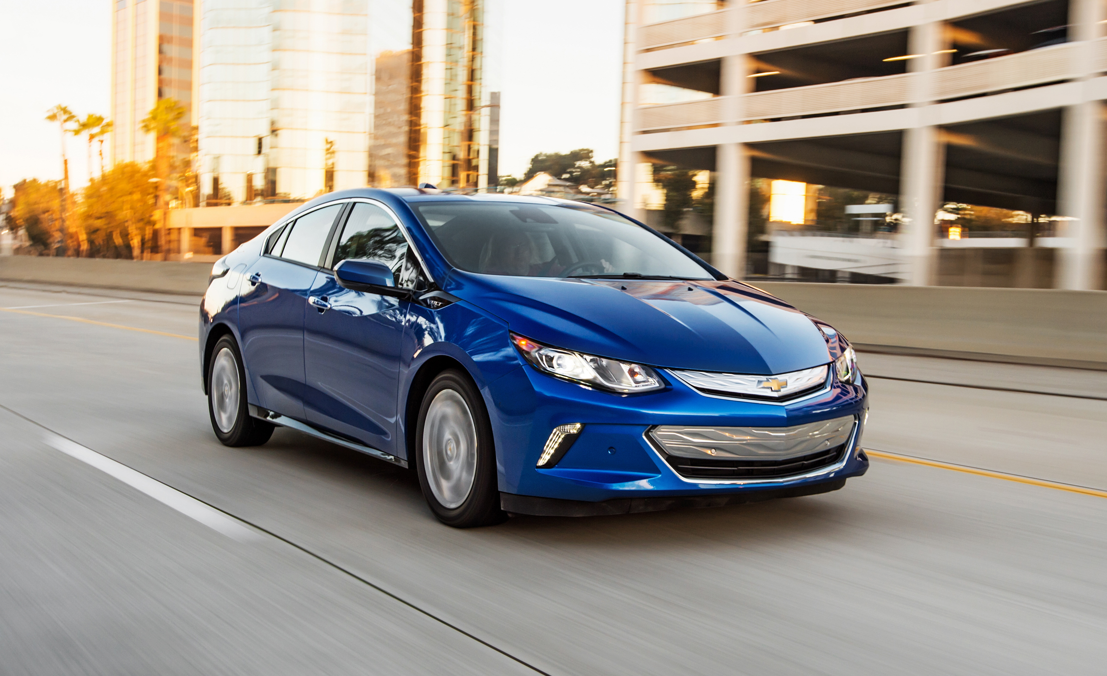 Featured Image of 2017 Chevrolet Volt