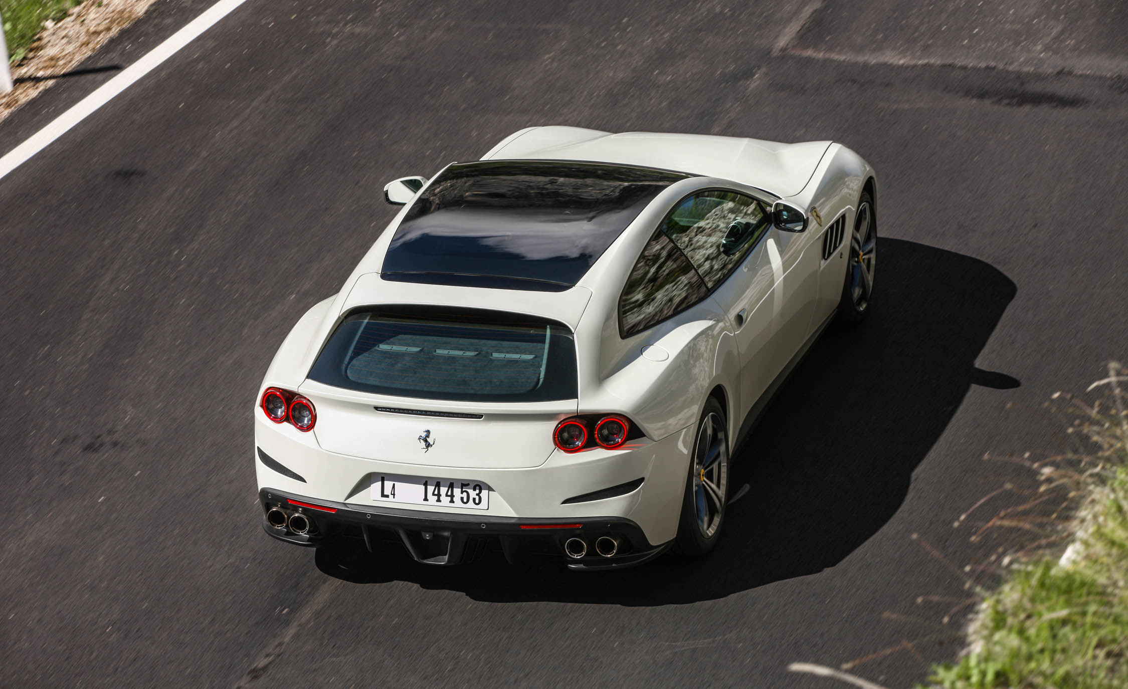 2017 Ferrari GTC4Lusso (Photo 16 of 52)