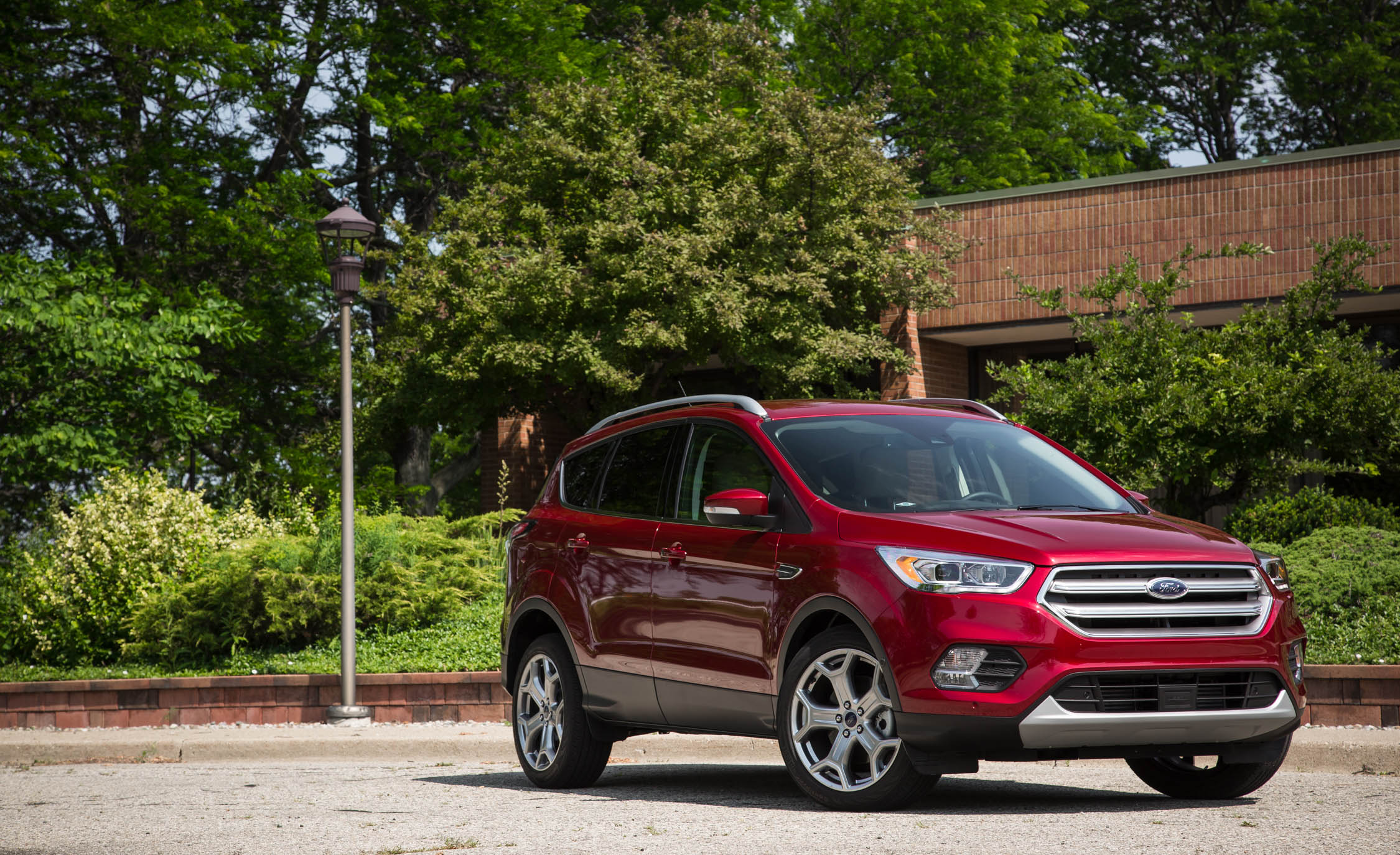 2017 Ford Escape Titanium (Photo 15 of 28)