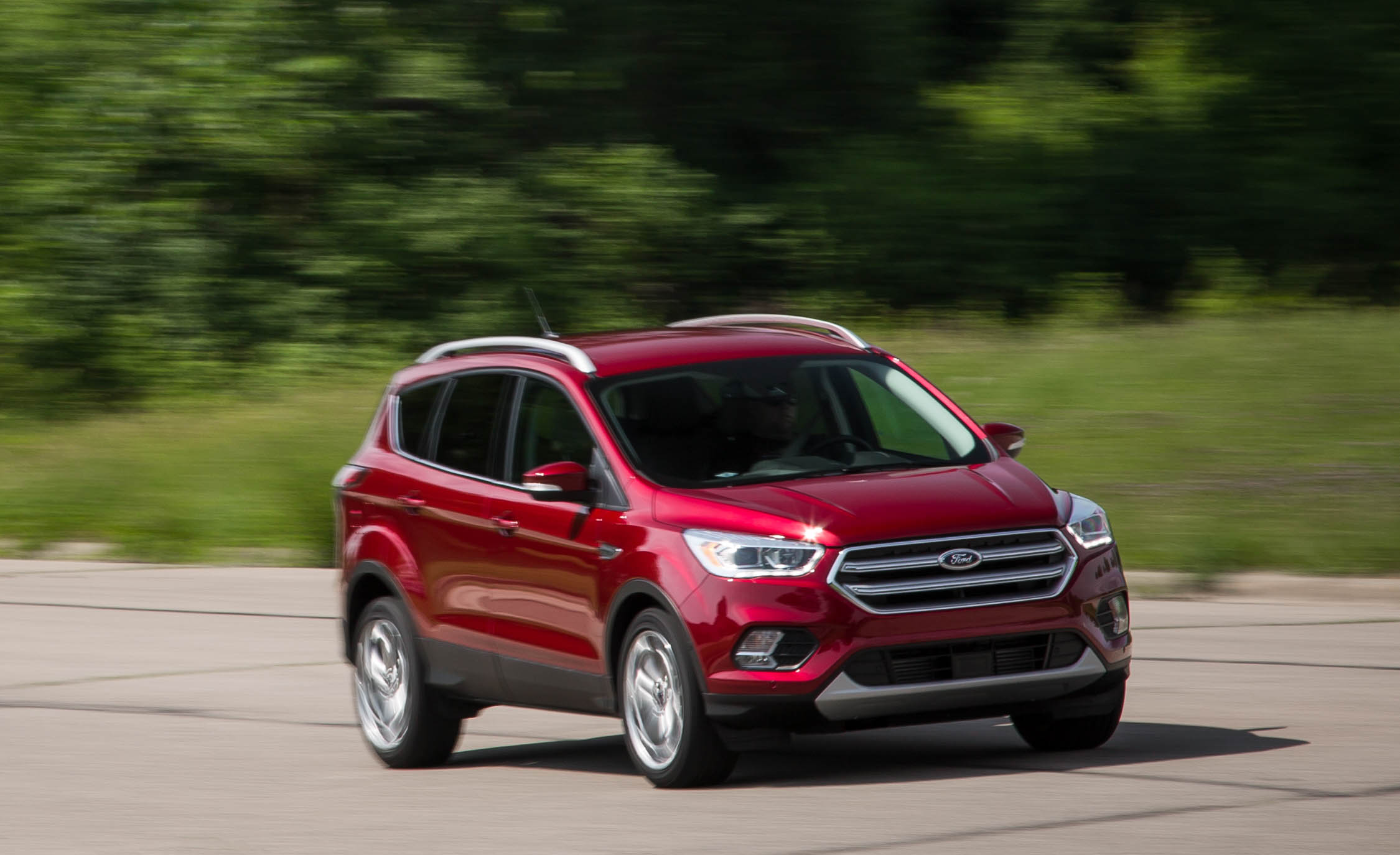 2017 Ford Escape Titanium (Photo 9 of 28)