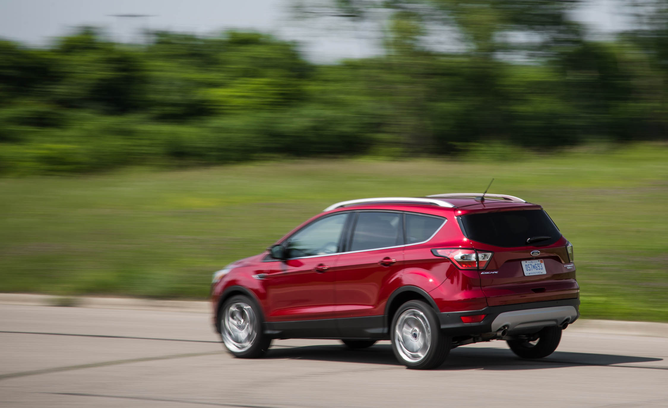 2017 Ford Escape Titanium (Photo 6 of 28)