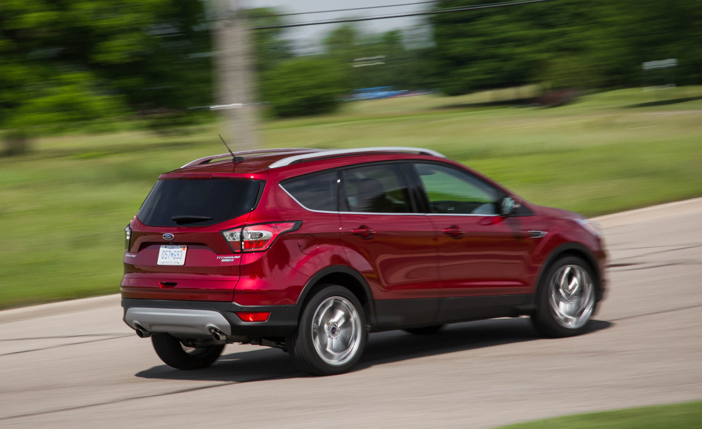 2017 Ford Escape Titanium (Photo 8 of 28)