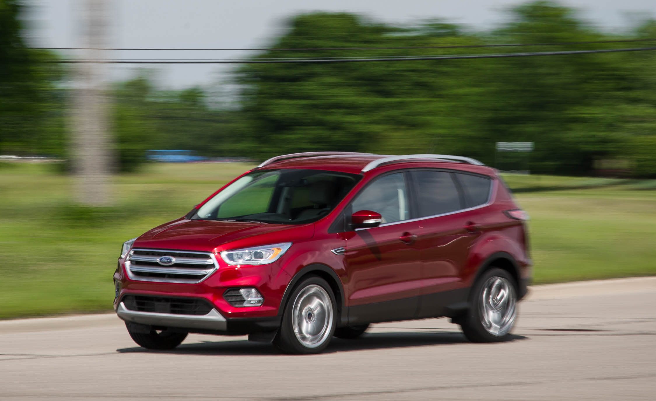 2017 Ford Escape Titanium (Photo 3 of 28)