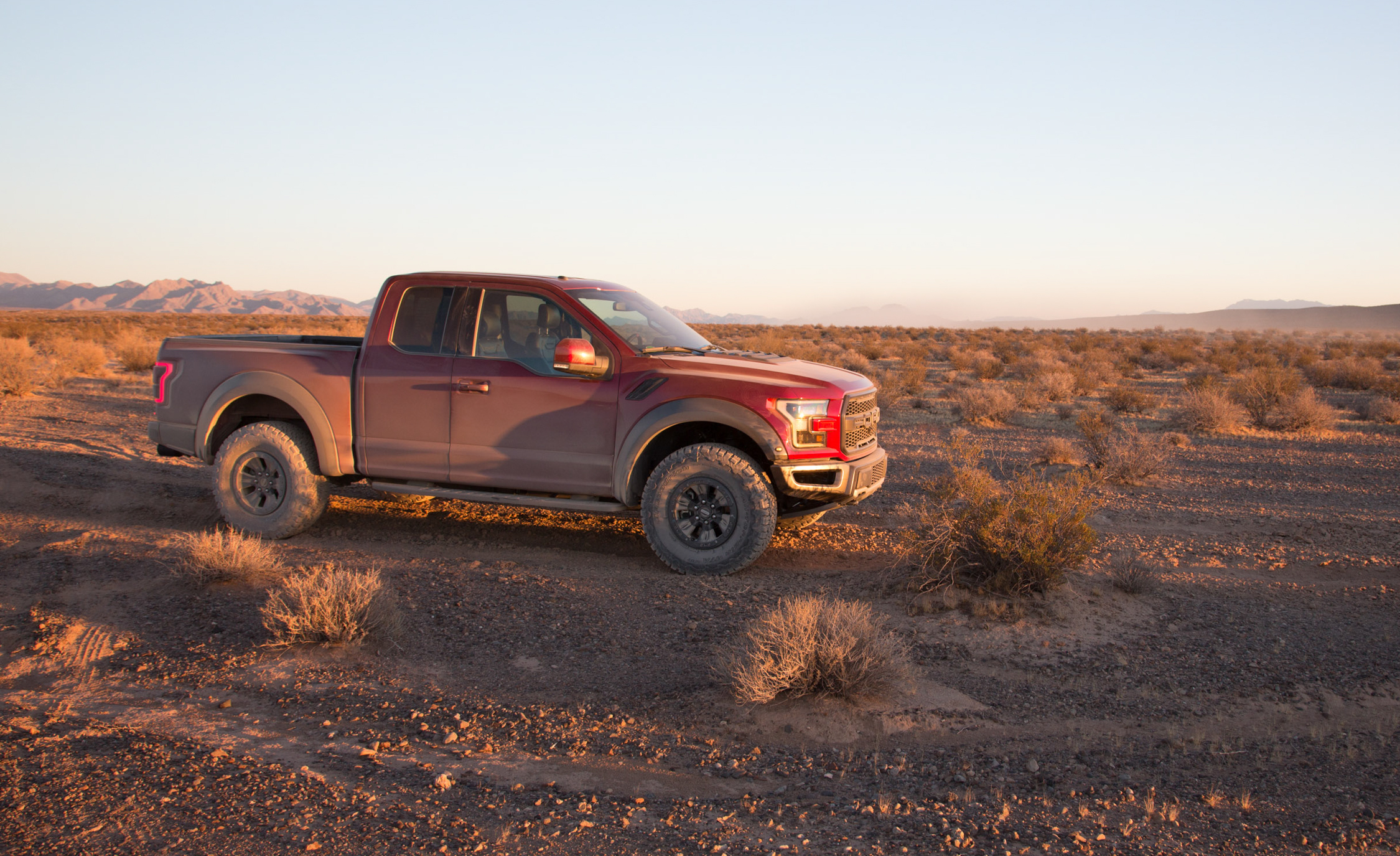 2017 Ford F 150 Raptor SuperCab Exterior Side (View 47 of 47)