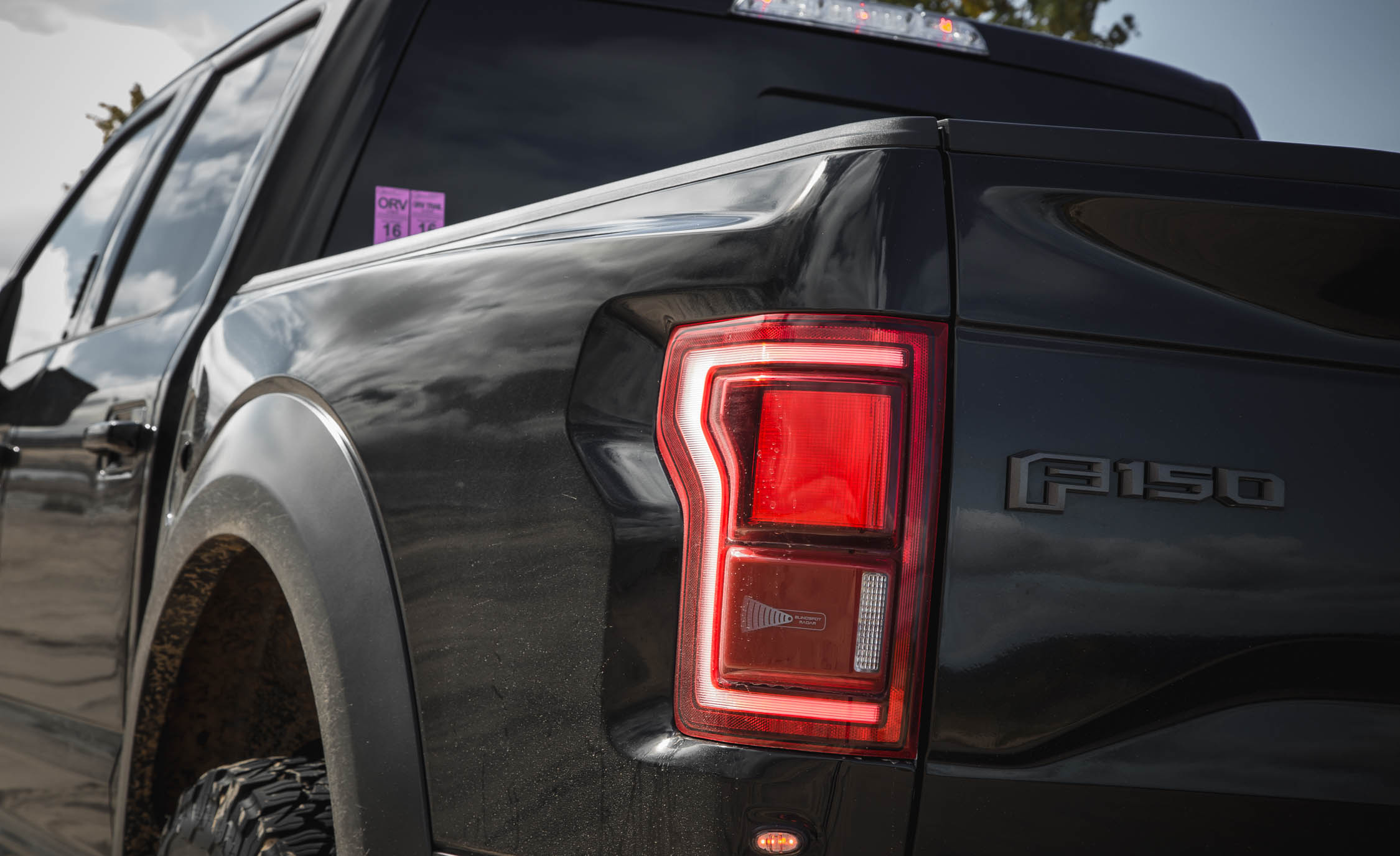2017 Ford F 150 Raptor SuperCrew Exterior View Taillight (Photo 25 of 47)