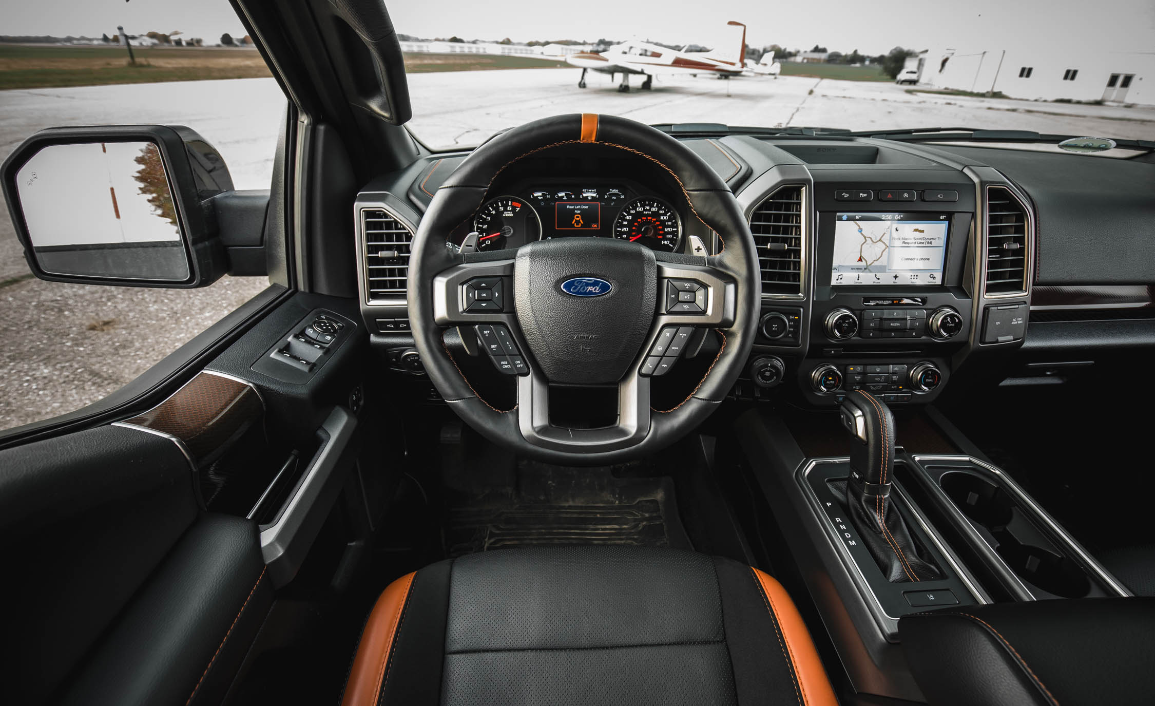 2017 Ford F 150 Raptor SuperCrew Interior Cockpit Steering (Photo 28 of 47)