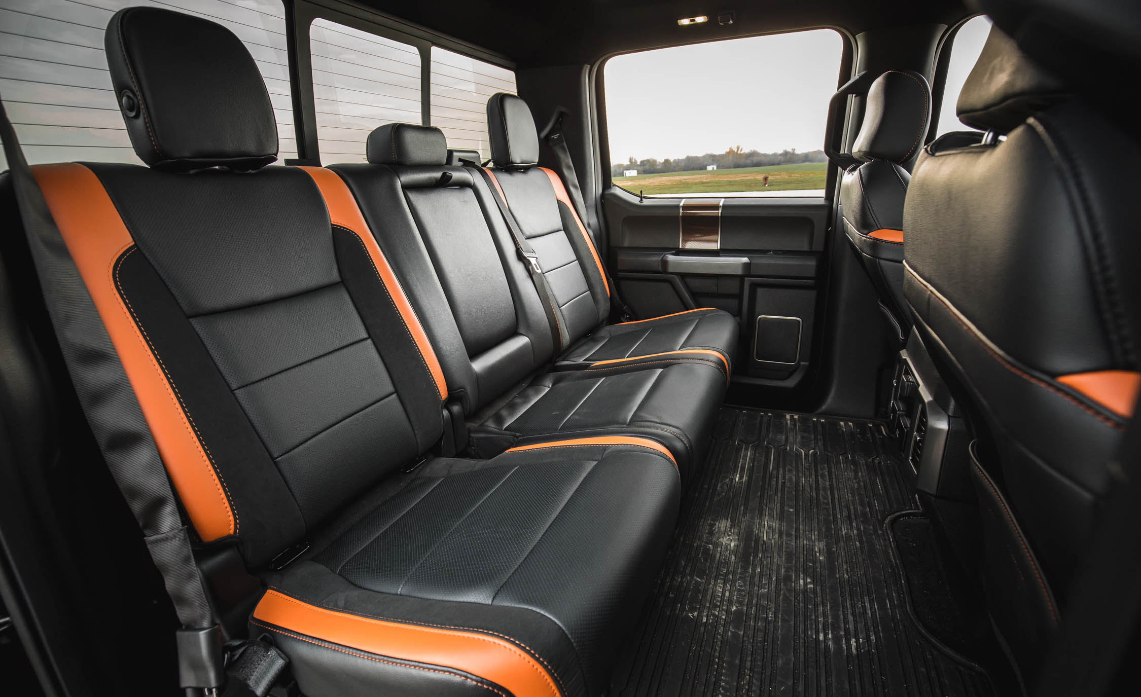 2017 Ford F 150 Raptor SuperCrew Interior Seats Rear Passengers (View 17 of 47)