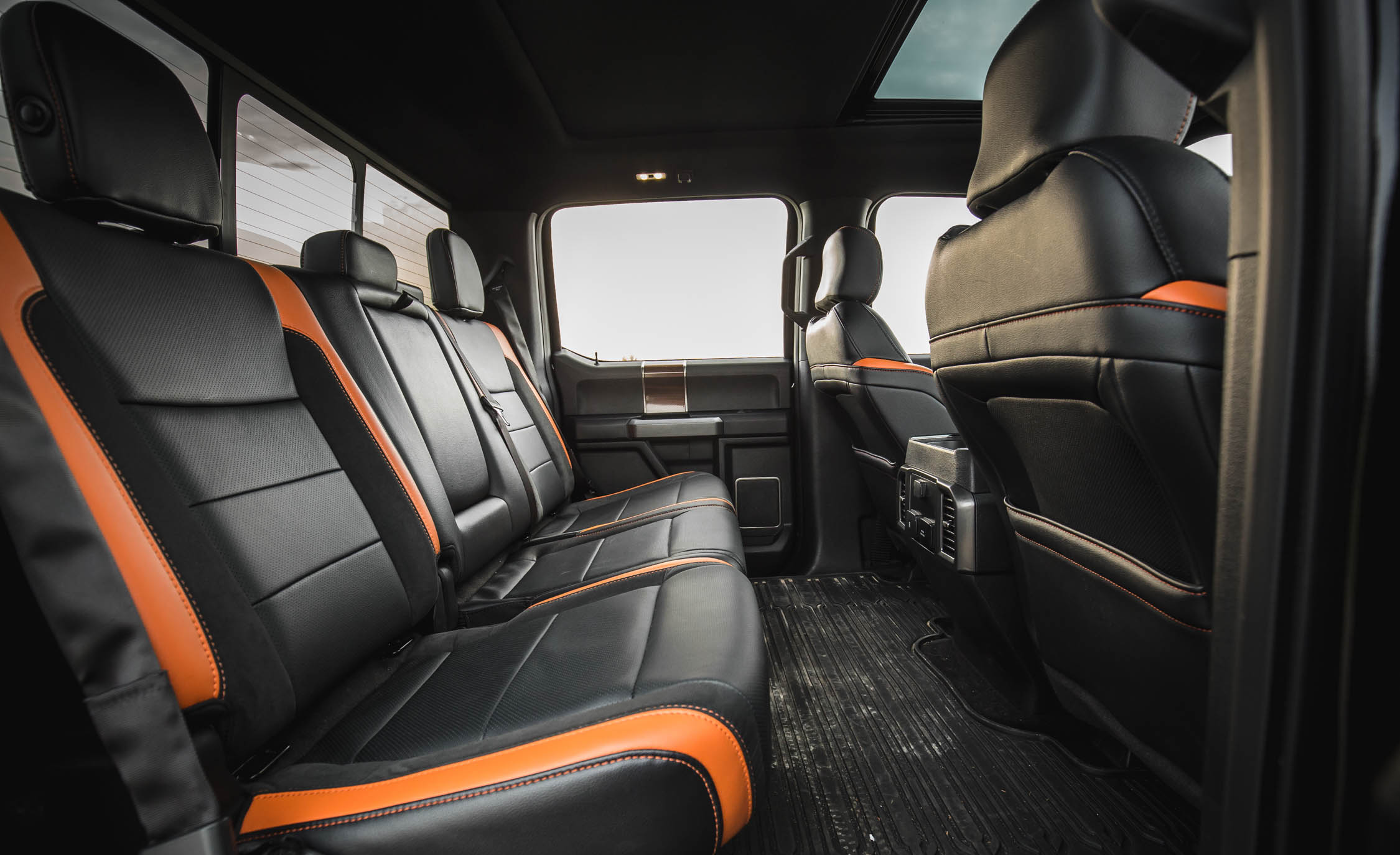 2017 Ford F 150 Raptor SuperCrew Interior Seats Rear (View 14 of 47)