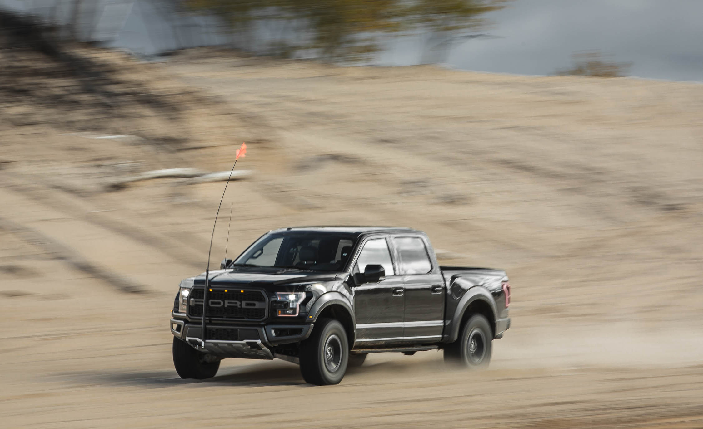 2017 Ford F 150 Raptor SuperCrew Test Drive Front And Side View (Photo 43 of 47)