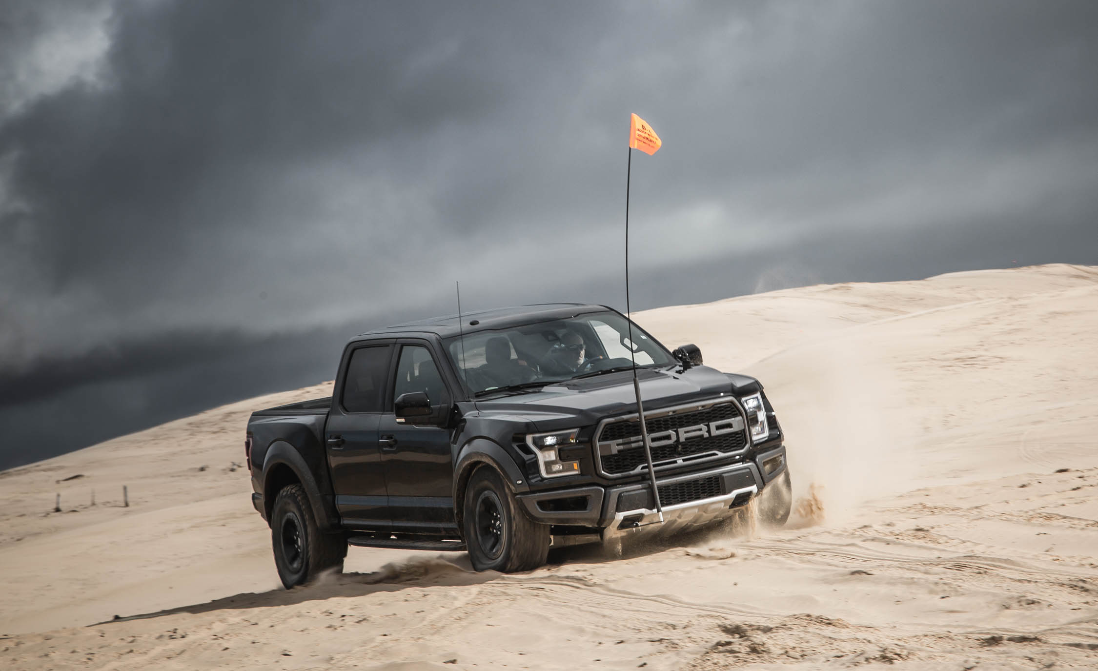 2017 Ford F 150 Raptor SuperCrew Test Drive Offroad (Photo 45 of 47)