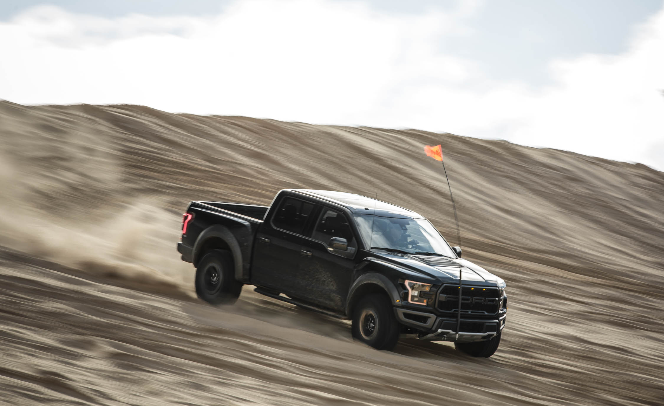 Featured Image of 2017 Ford F 150 Raptor