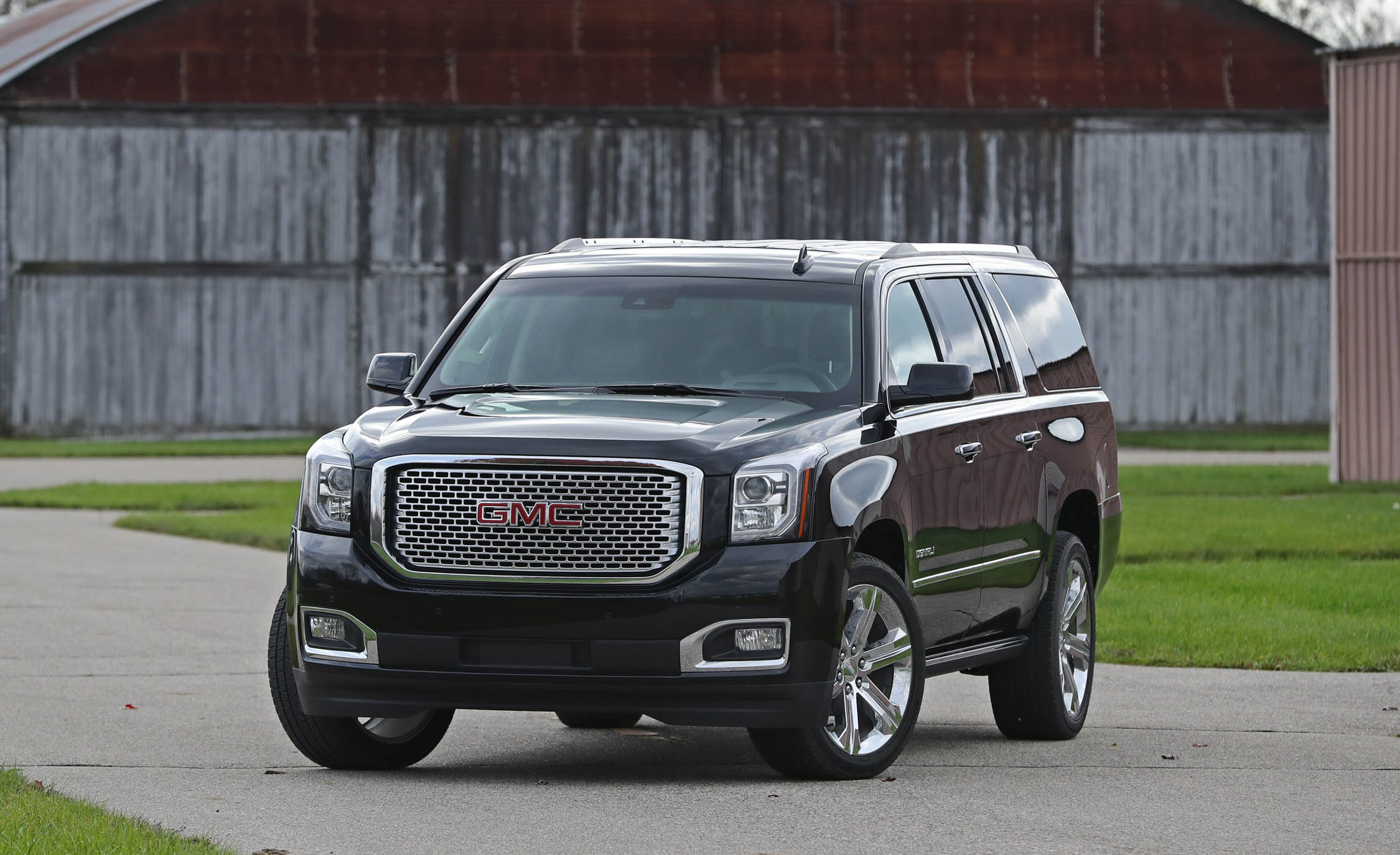 2017 Gmc Yukon Xl Denali Exterior Front (Photo 3 of 26)