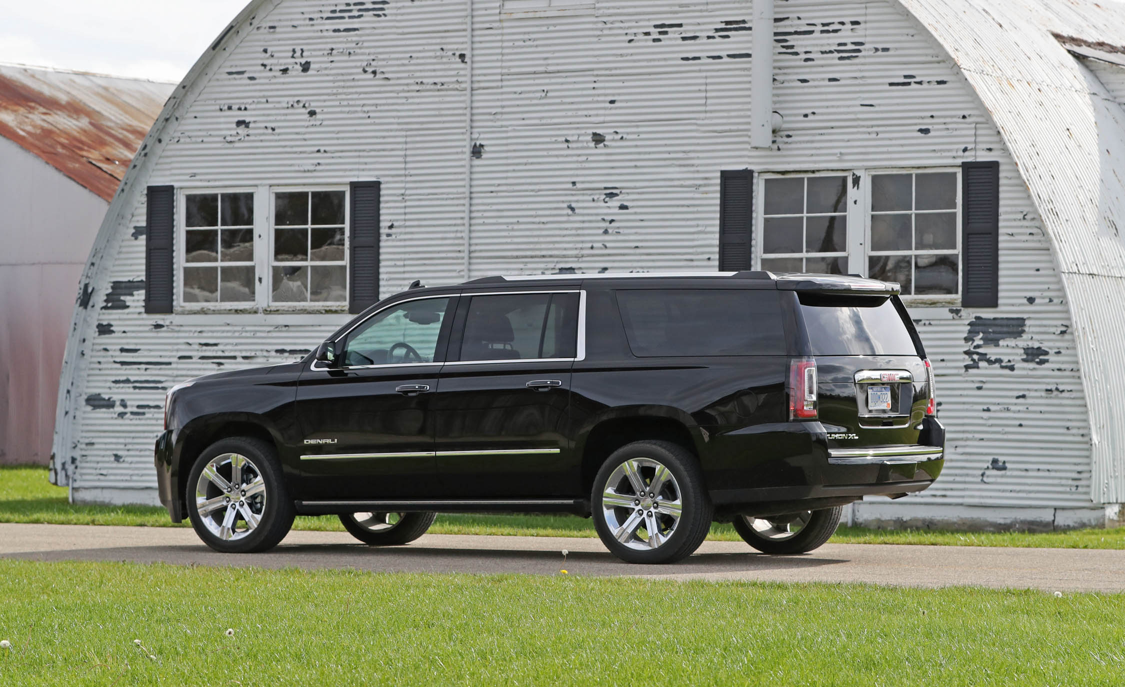 2017 Gmc Yukon Xl Denali Exterior Side Corner (Photo 10 of 26)