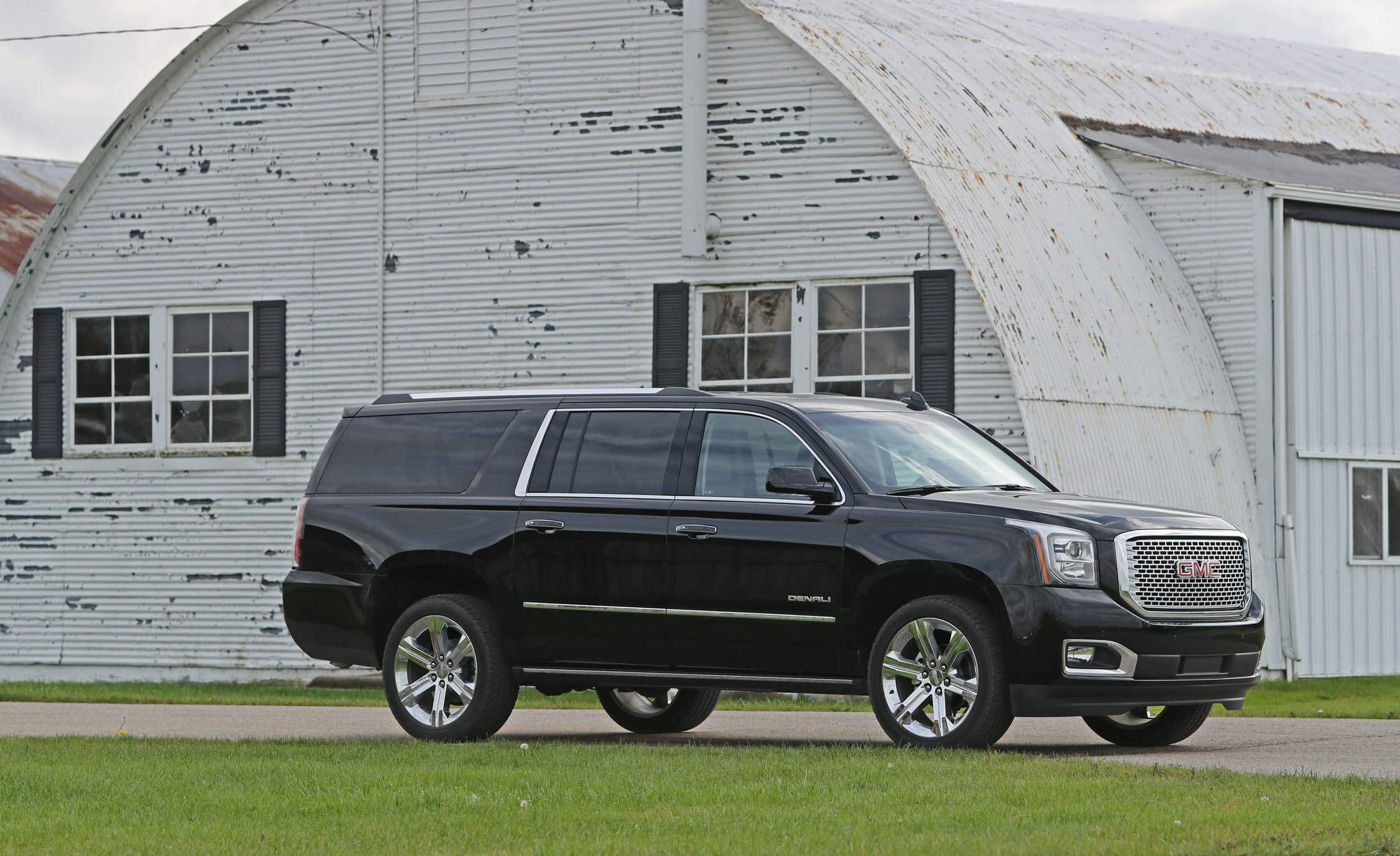 Featured Image of 2017 GMC Yukon XL Denali