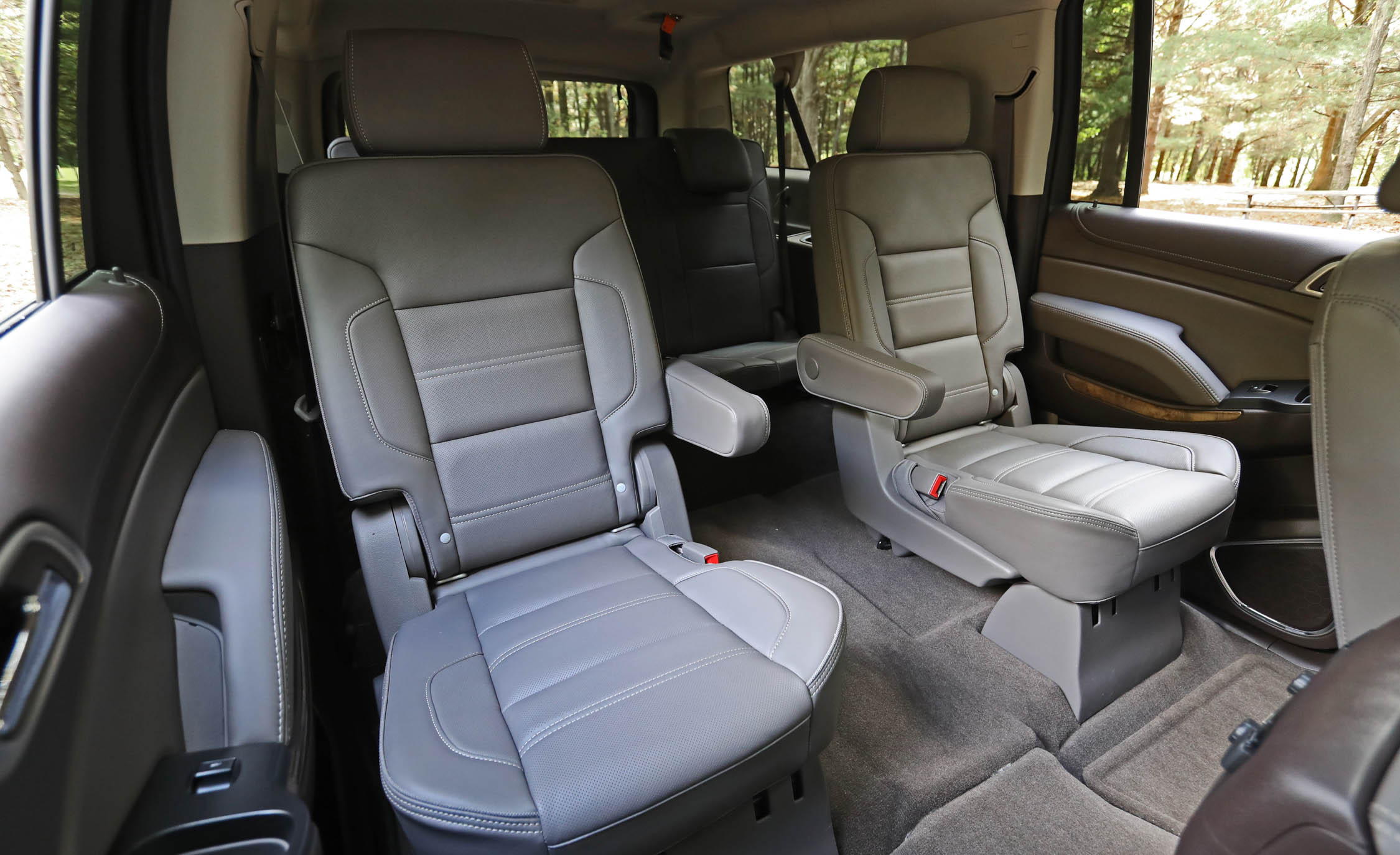 2017 Gmc Yukon Xl Denali Interior Seats Rear Back 2nd Row (Photo 20 of 26)
