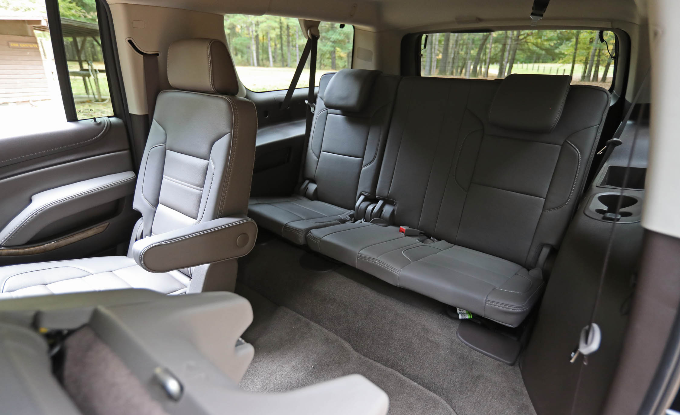 2017 Gmc Yukon Xl Denali Interior Seats Rear Back 3rd Row (View 11 of 26)