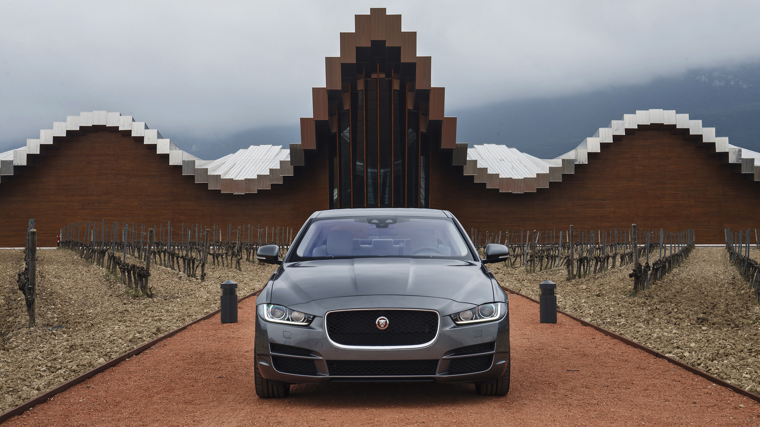 2017 Jaguar Xe Exterior Front (View 31 of 32)