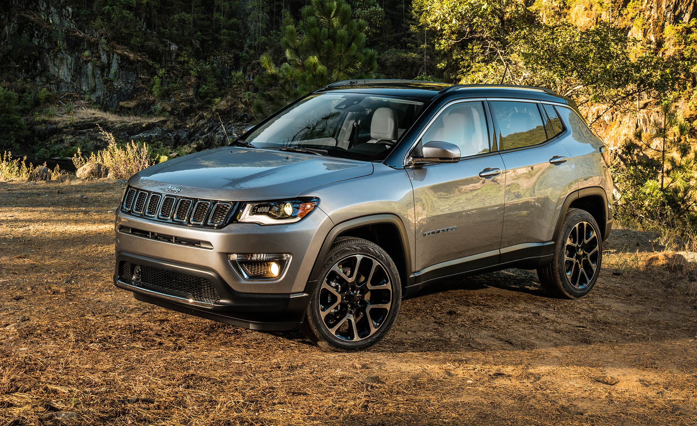 Featured Image of 2017 Jeep Compass
