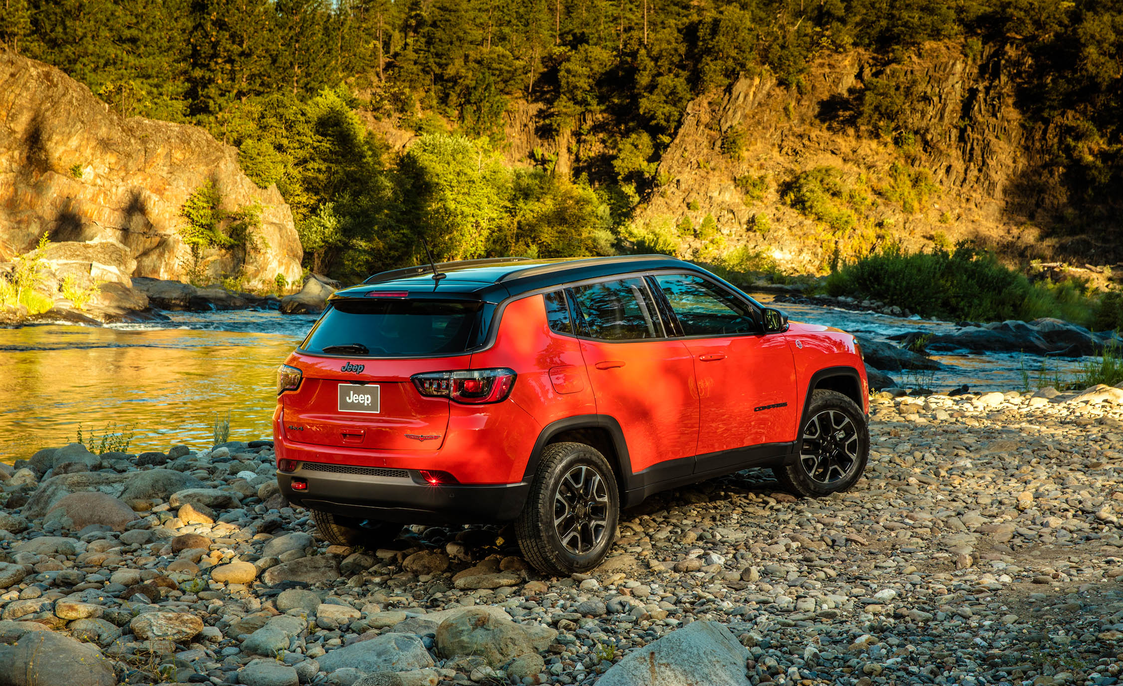 2017 Jeep Compass Trailhawk 4× (Photo 33 of 49)