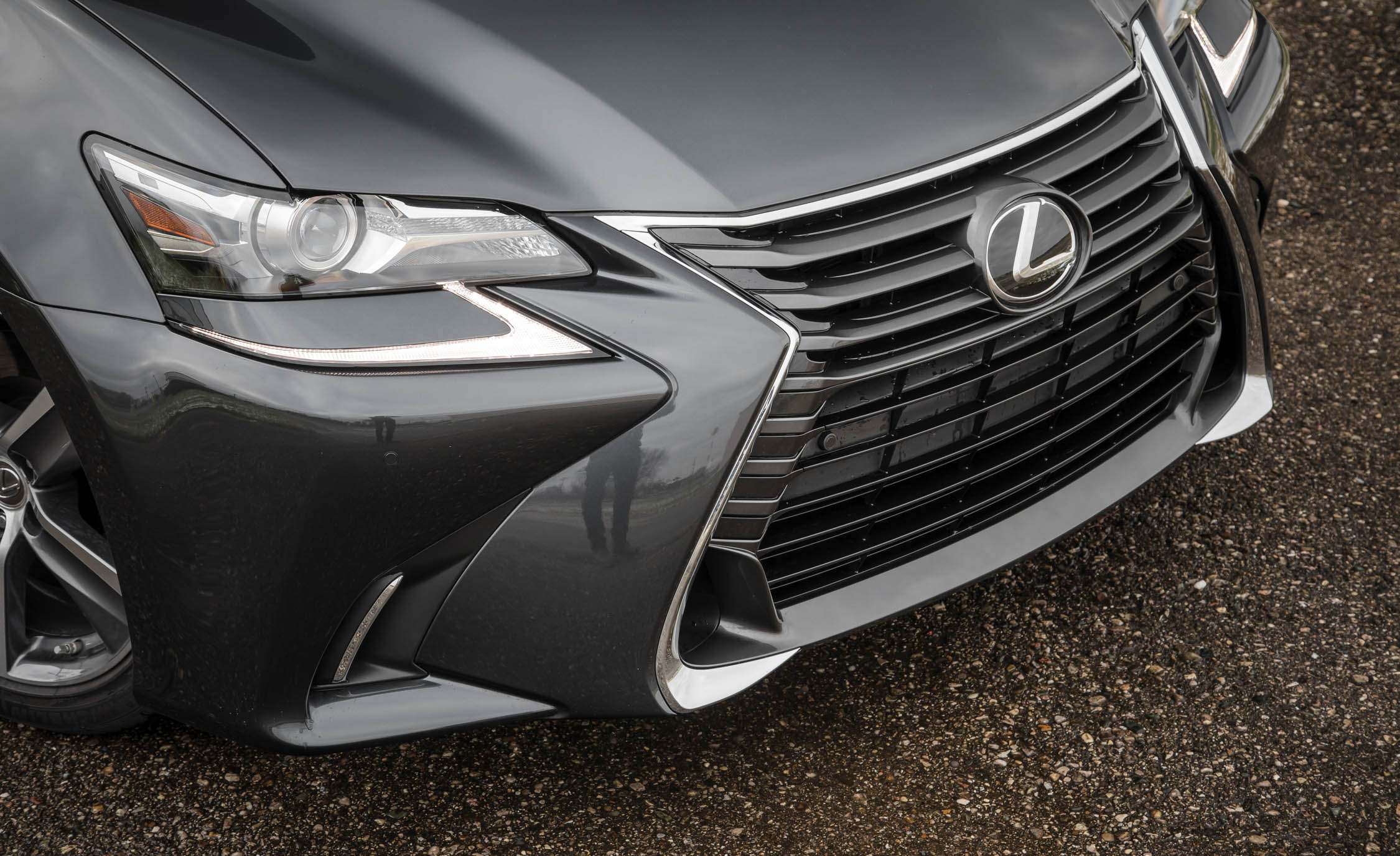 2017 Lexus GS200t Exterior View Grille And Bumper (Photo 8 of 26)