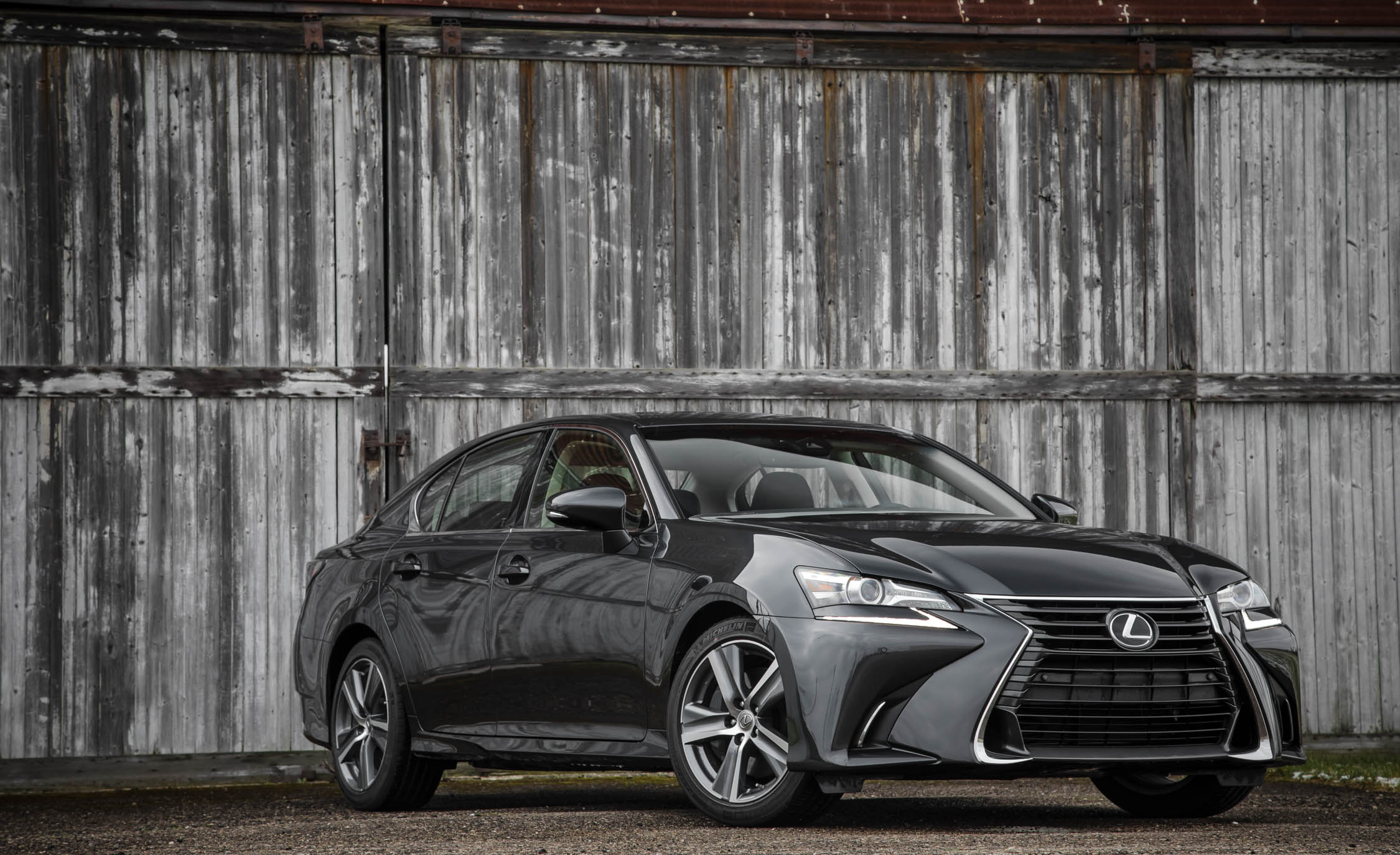 Featured Image of 2017 Lexus GS200t