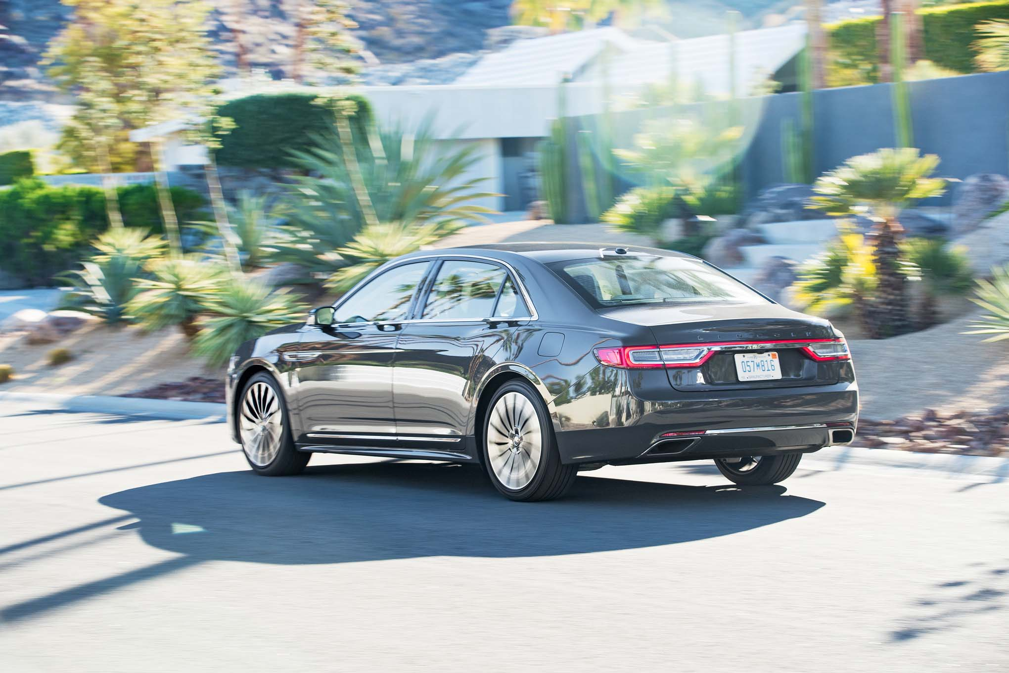 2017 Lincoln Continental Test Drive Rear And Side View (Photo 37 of 41)