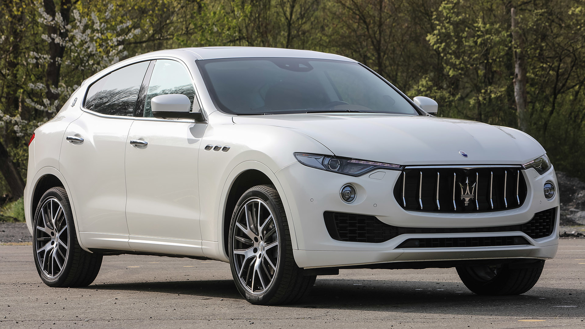 2017 Maserati Levante (Photo 31 of 37)