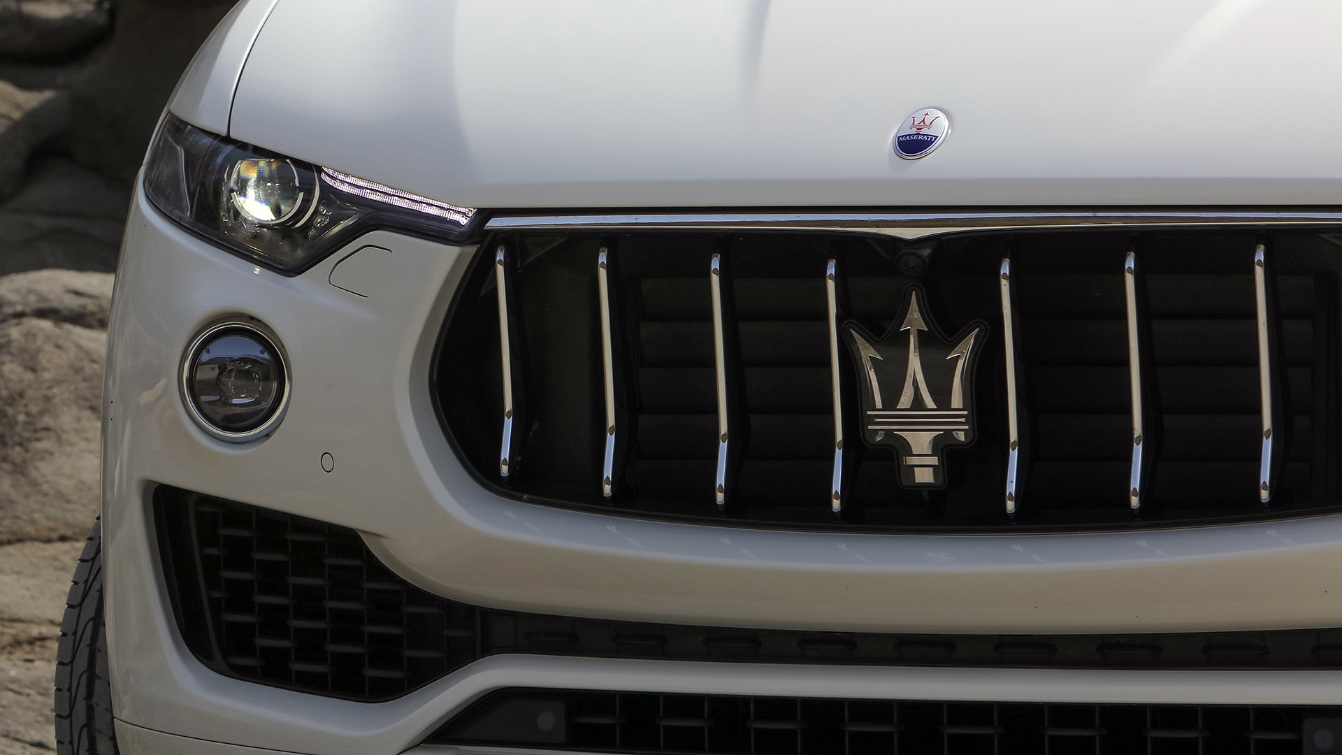 2017 Maserati Levante (Photo 23 of 37)