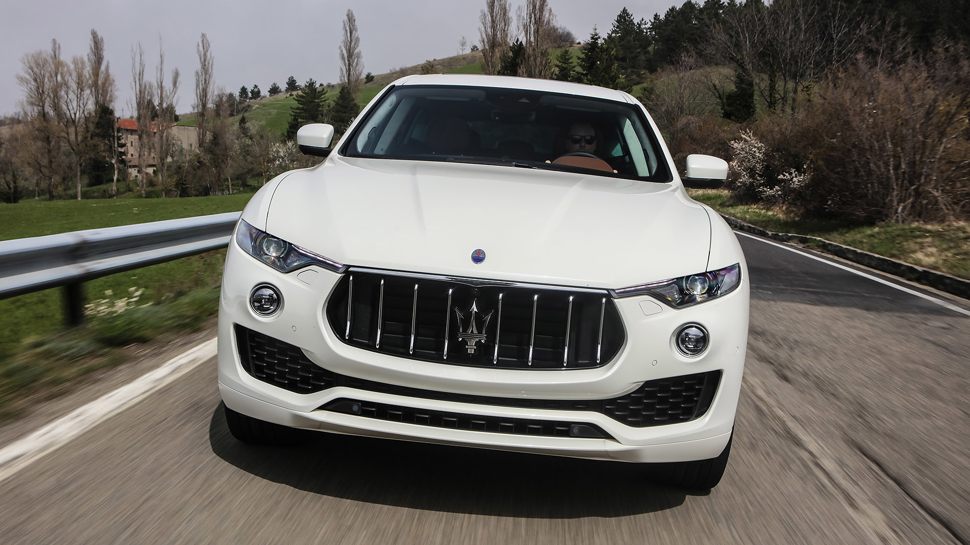 2017 Maserati Levante (Photo 11 of 37)