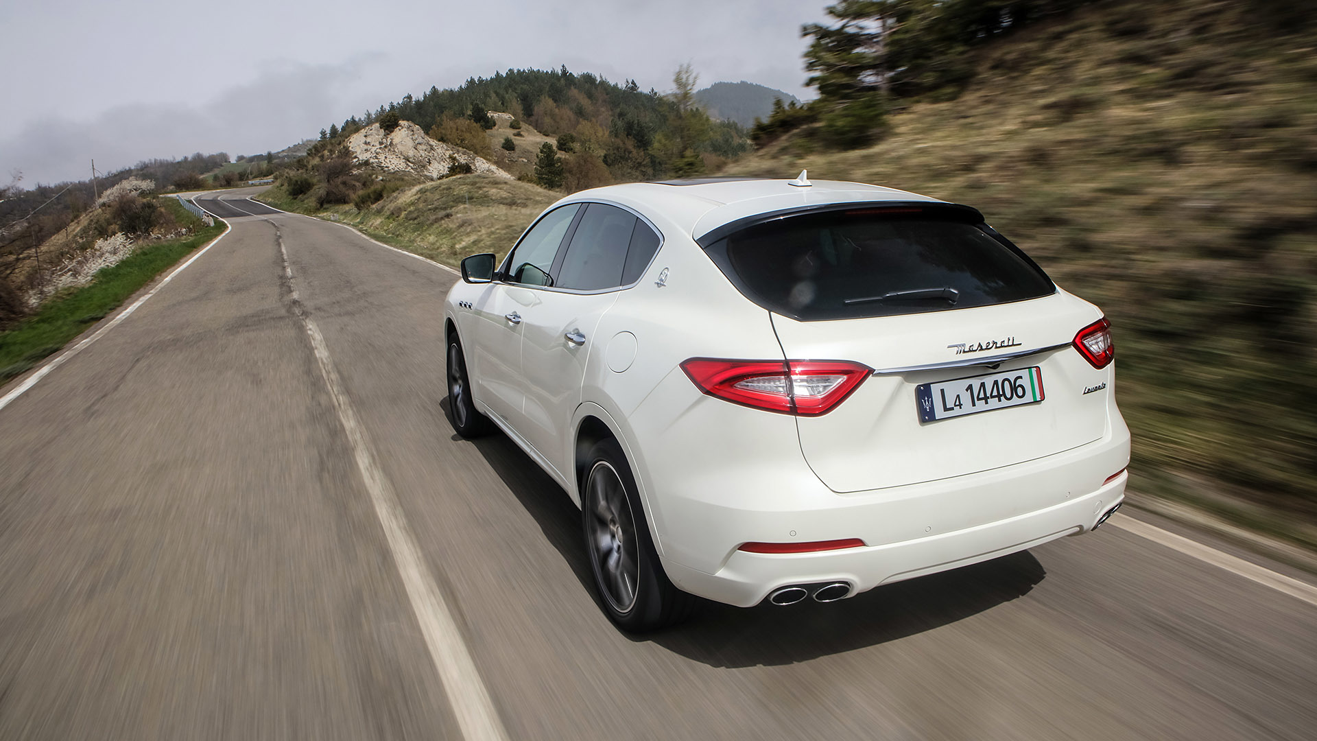 2017 Maserati Levante (Photo 5 of 37)
