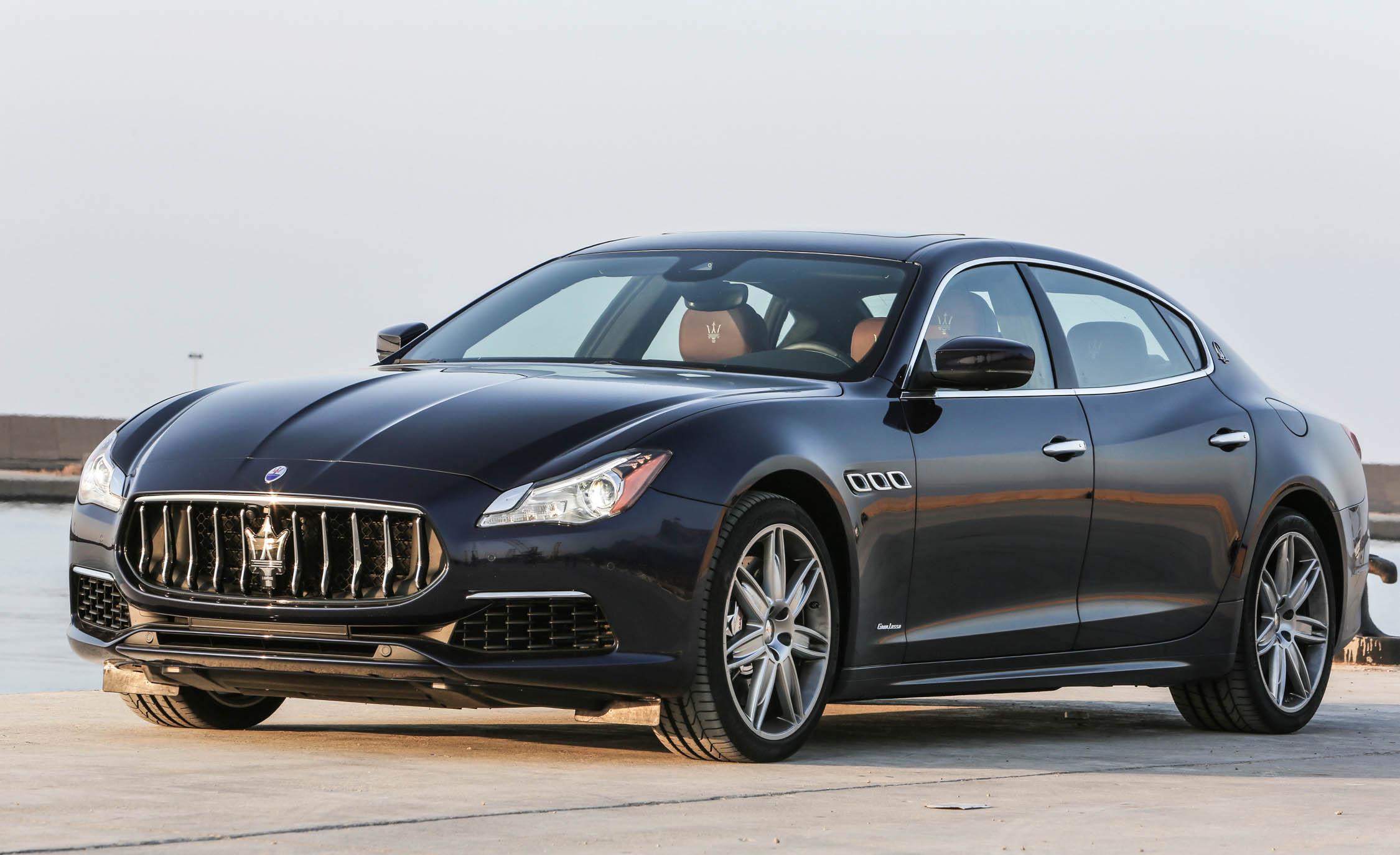 2017 Maserati Quattroporte GTS GranLusso (Photo 21 of 55)