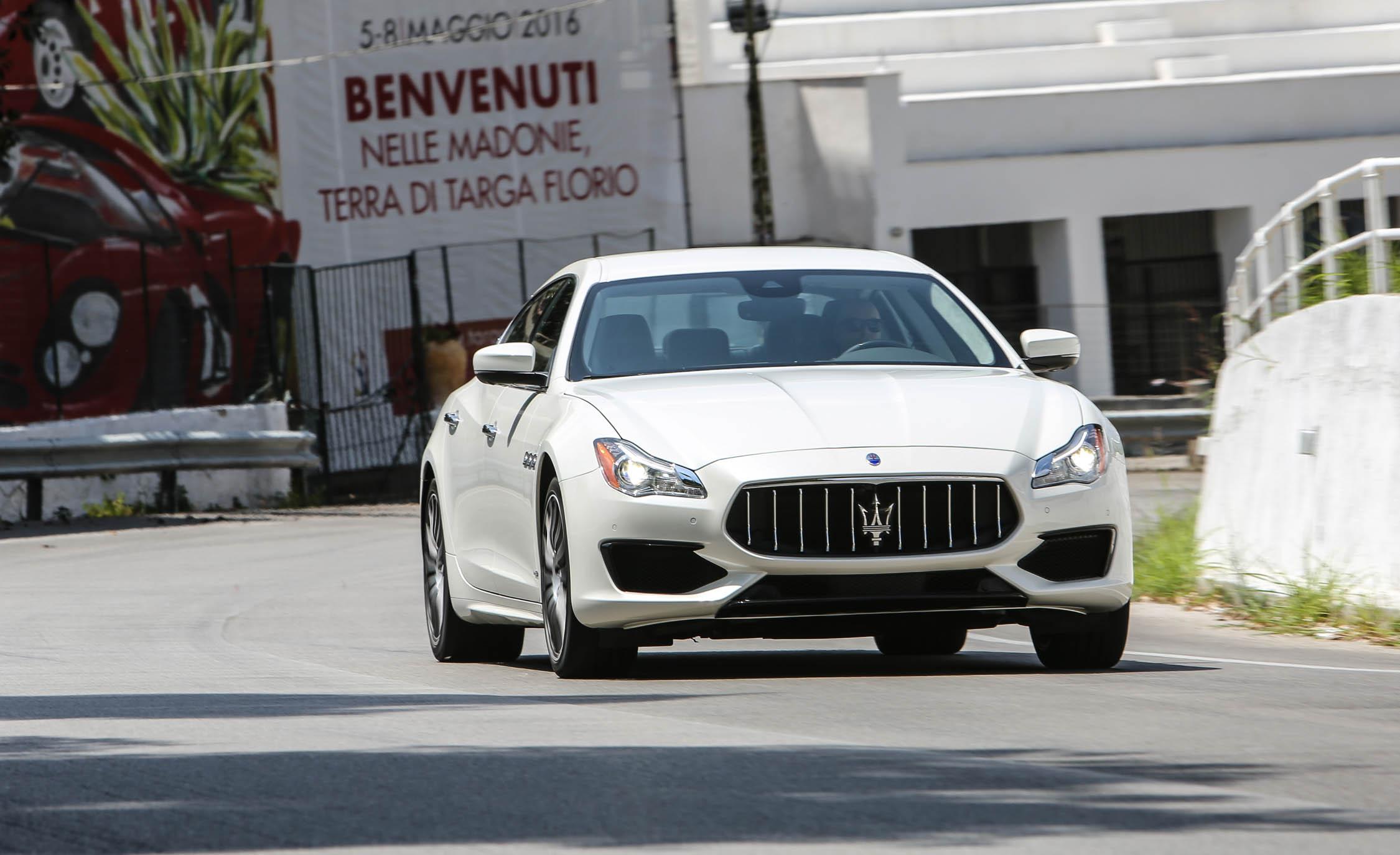 2017 Maserati Quattroporte GTS GranSport (Photo 30 of 55)