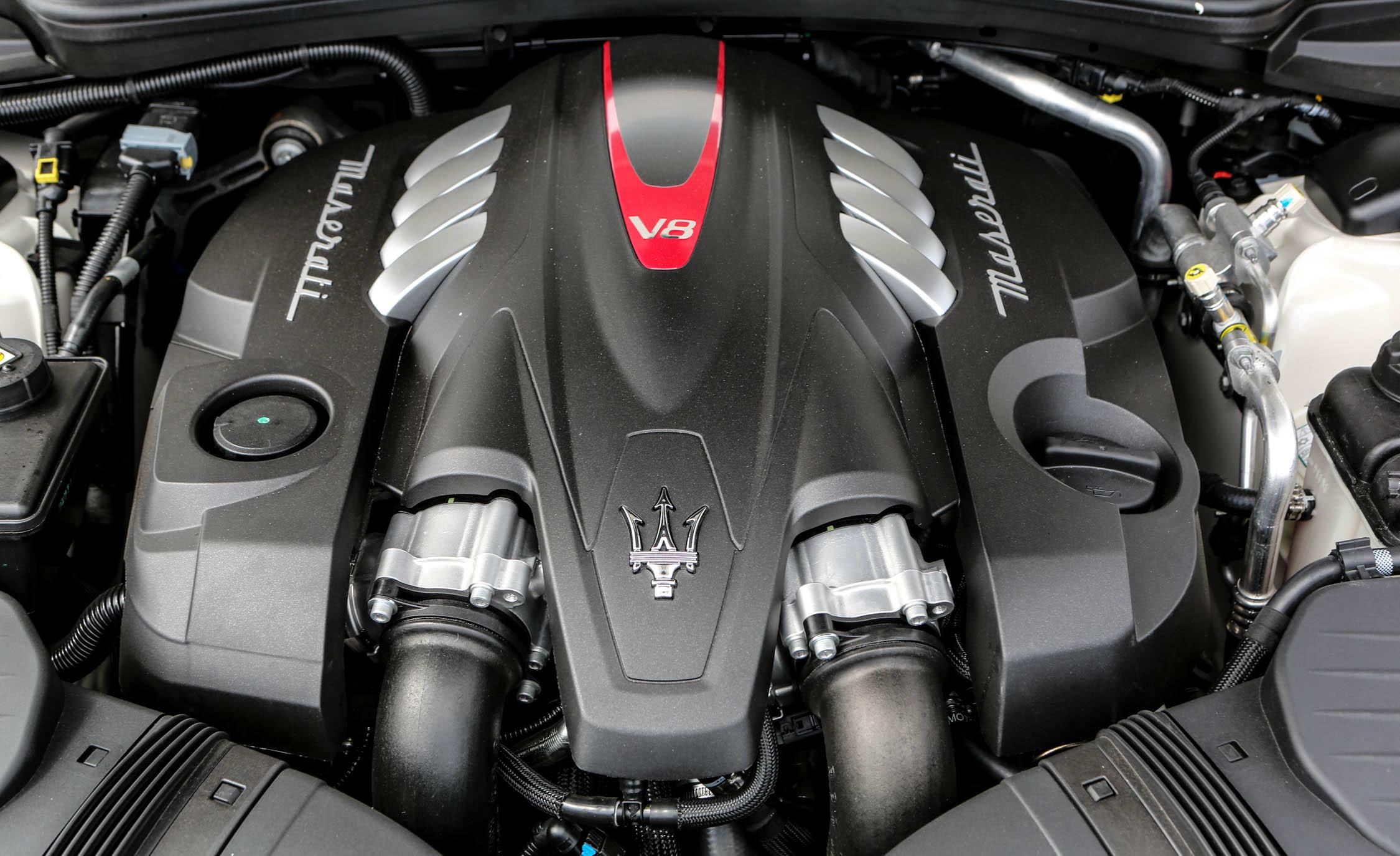 2017 Maserati Quattroporte GTS GranSport Twin Turbocharged 3.8 Liter V 8 Engine (Photo 32 of 55)