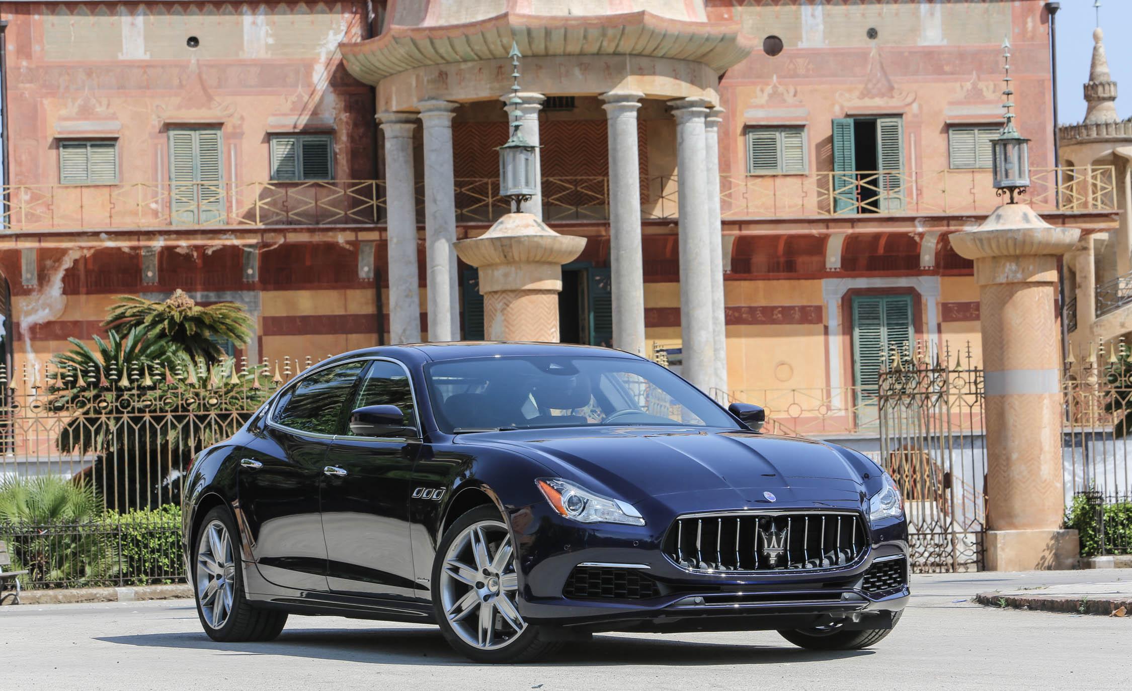 2017 Maserati Quattroporte GTS GranLusso (Photo 12 of 55)