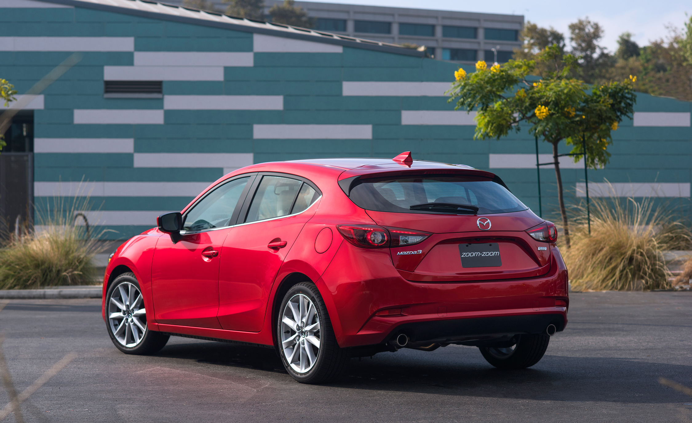 2017 Mazda (View 9 of 40)