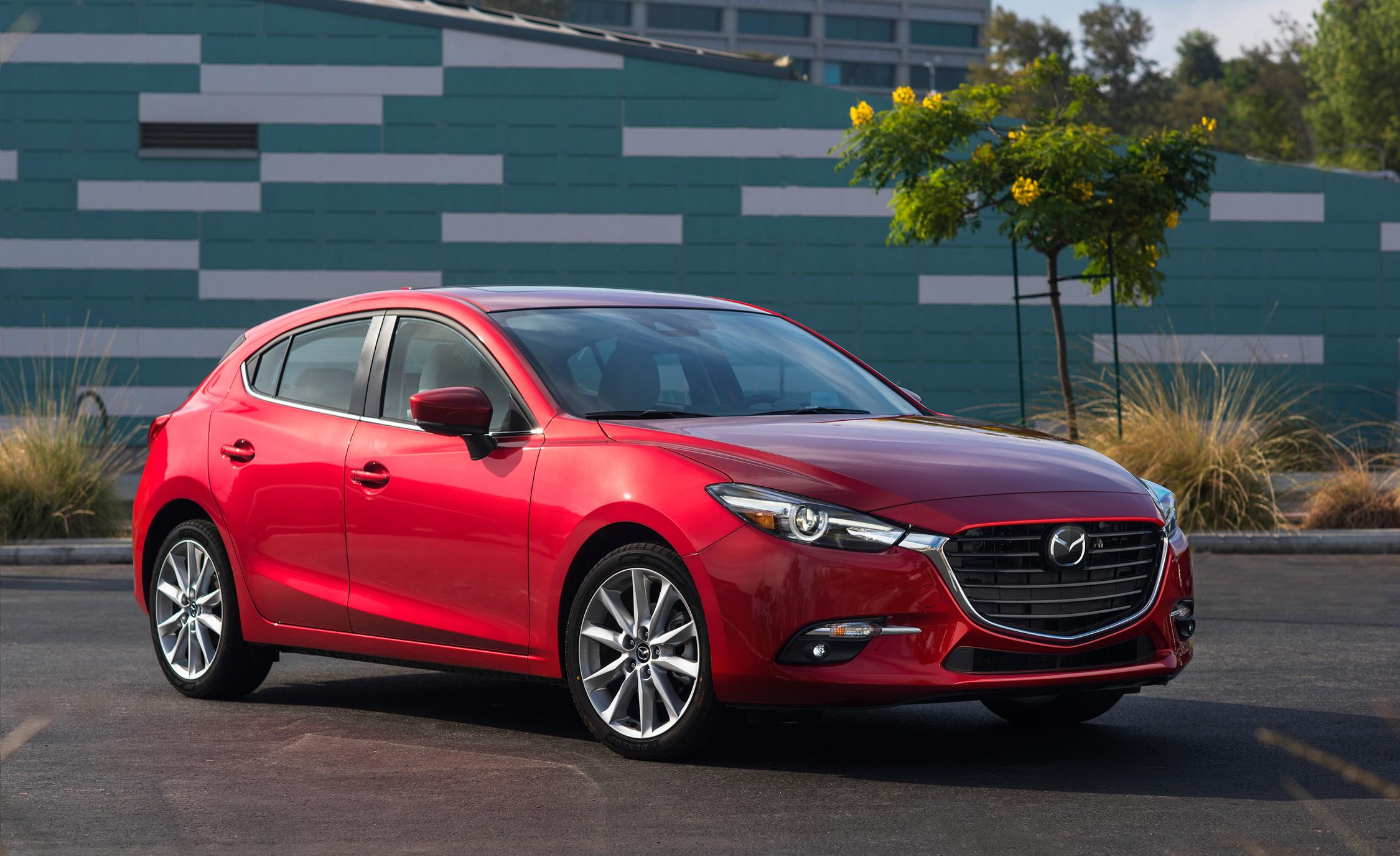 2017 Mazda  (Photo 14 of 40)