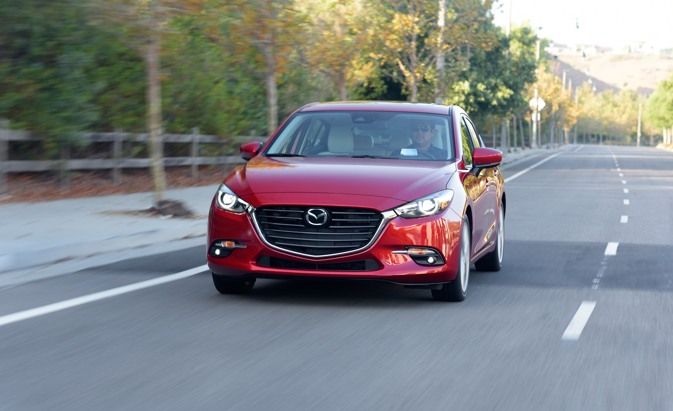 2017 Mazda (View 24 of 40)